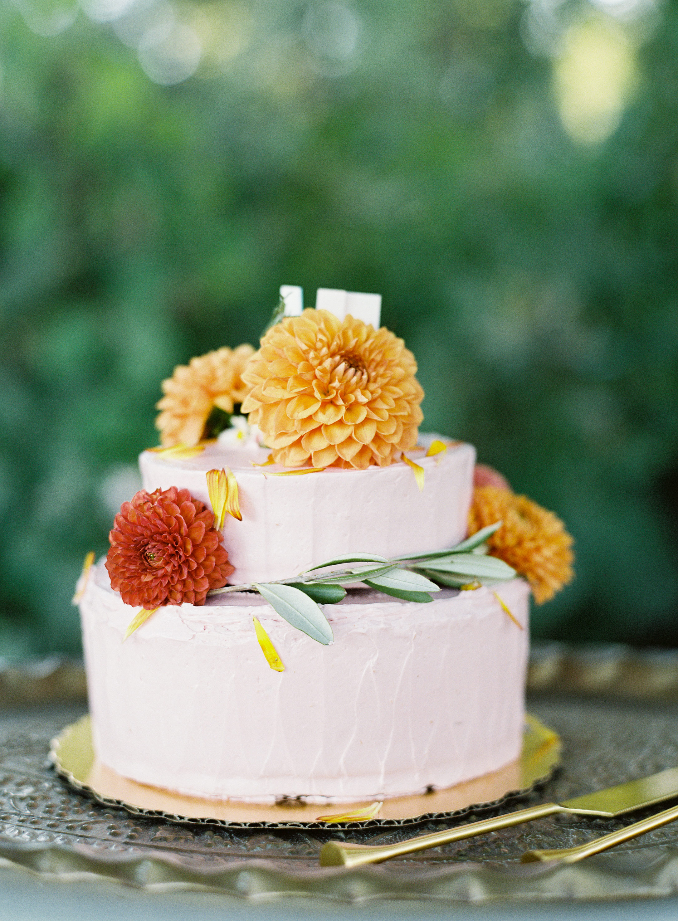 fall wedding cakes meghan mehan