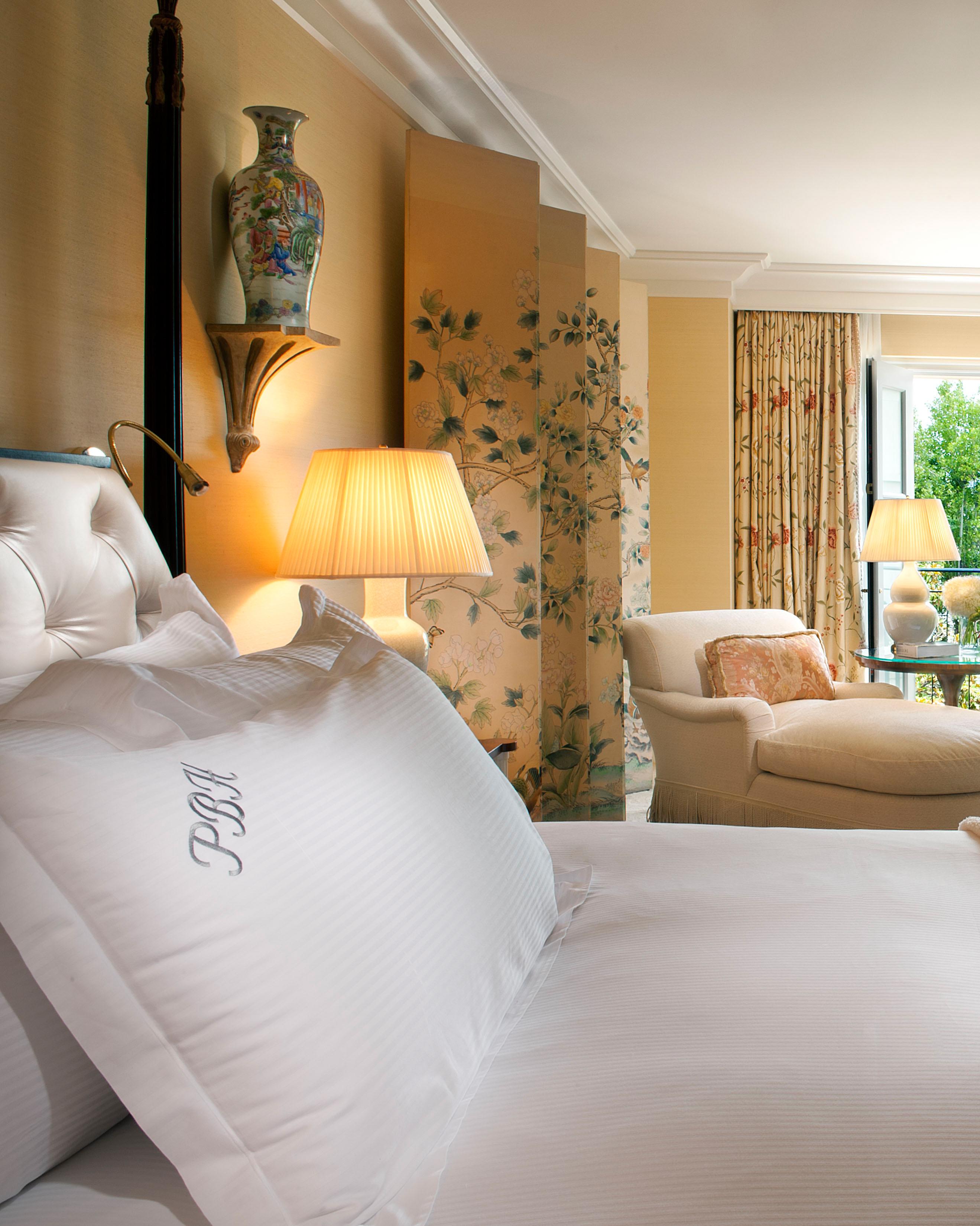 hotel-amenity-peninsula-monogram-0915.jpg