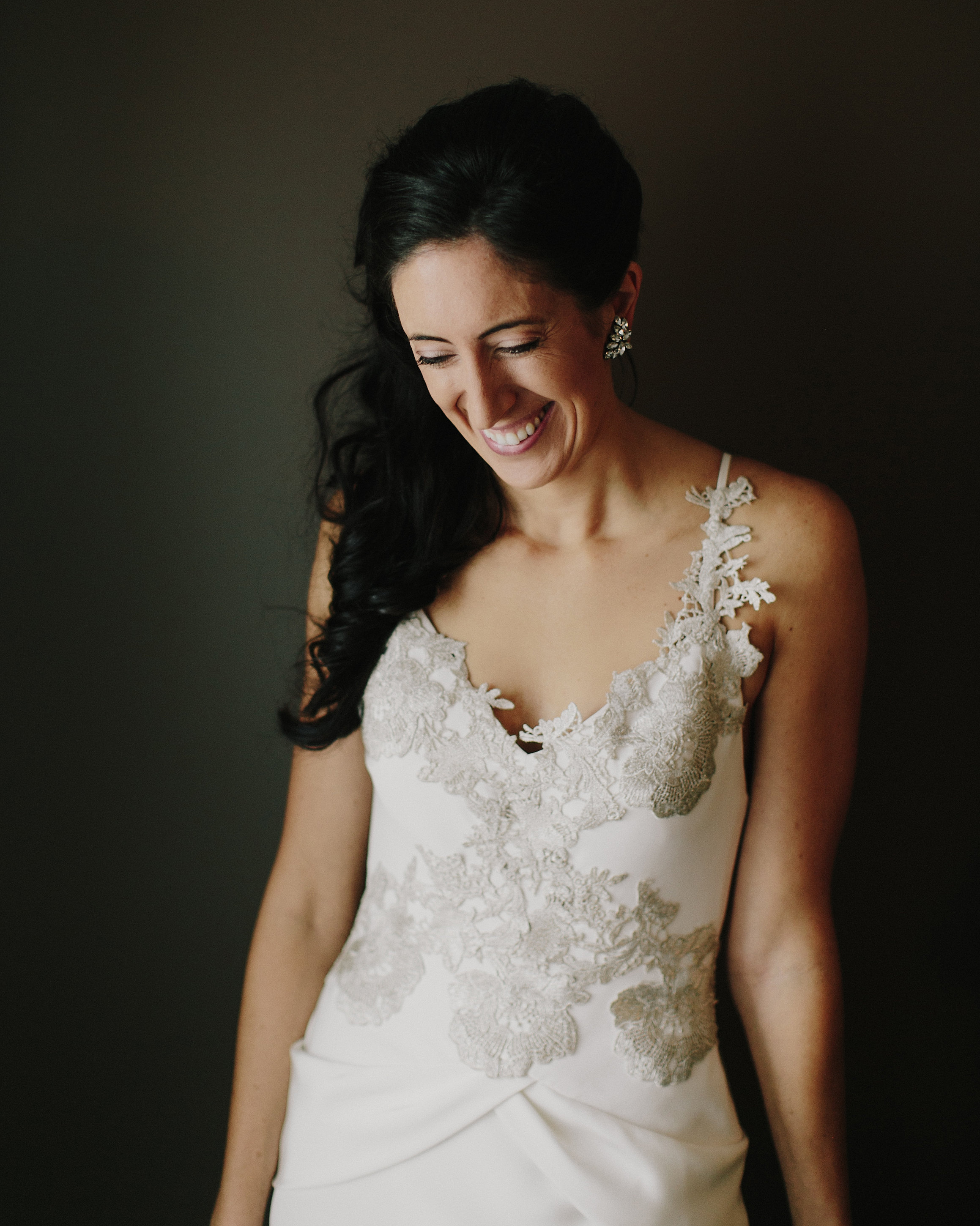 rosie-constantine-wedding-bride-044-s112177-1015.jpg