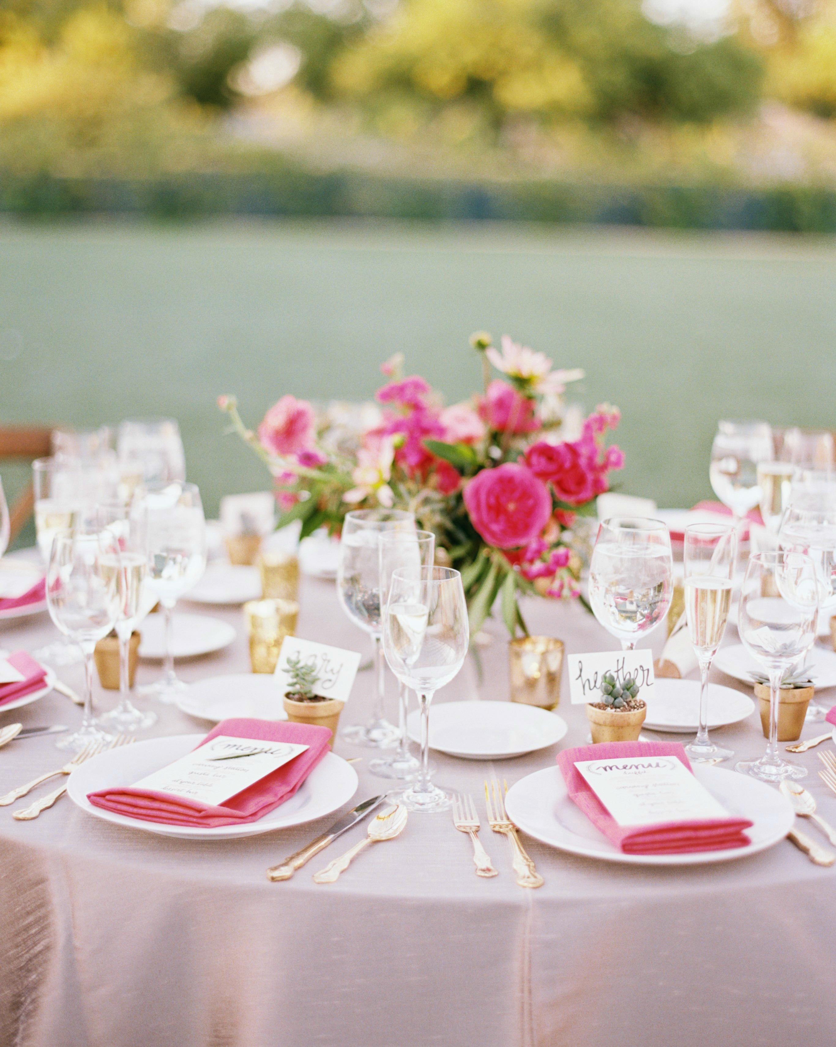 jessejo-daniel-wedding-table-429-s112302-1015.jpg
