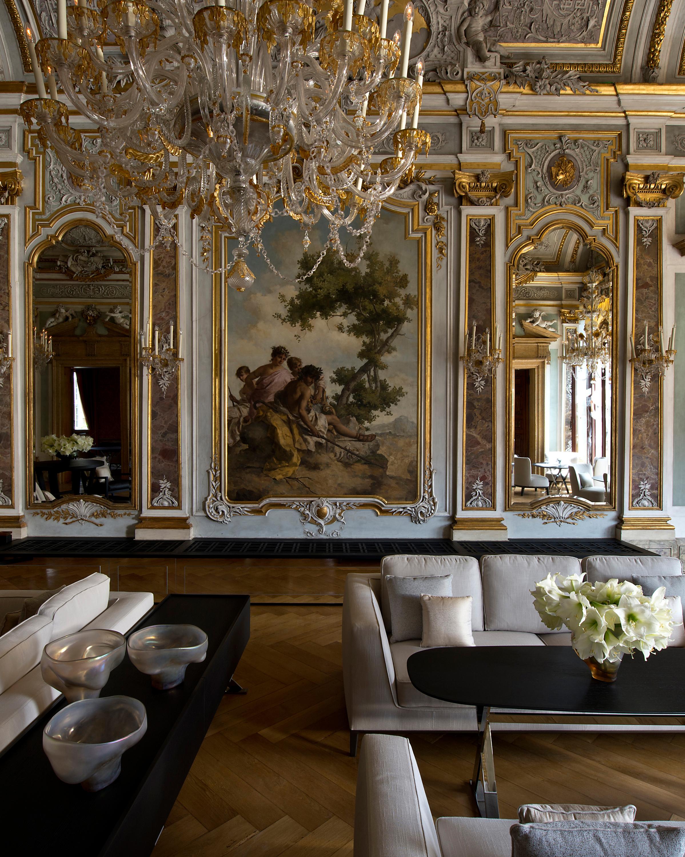celebrity-wedding-venues-aman-canal-grande-venice-piano-nobile-lounge-1015.jpg