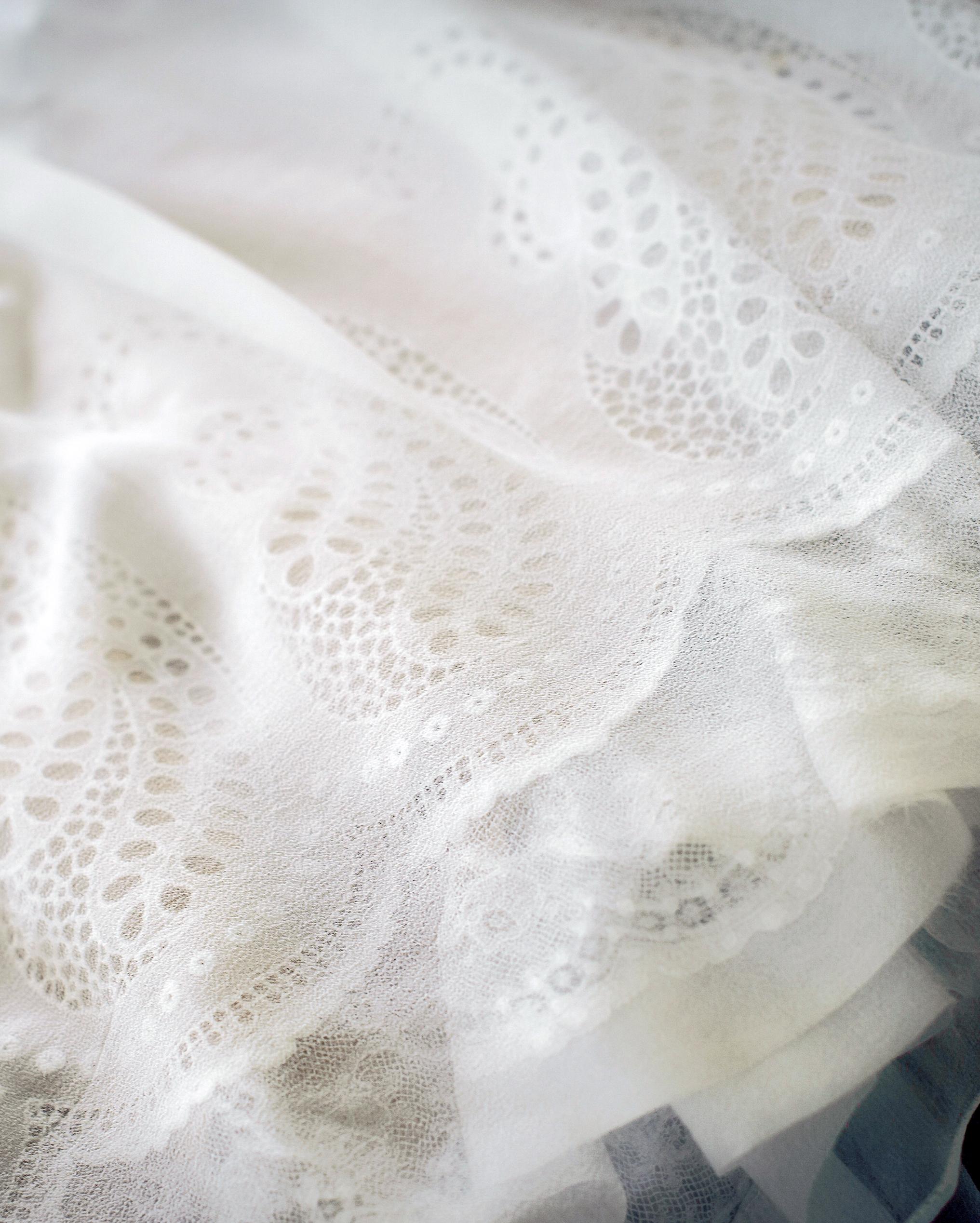 rachel-andrew-wedding-dress-005-s112195-0915.jpg