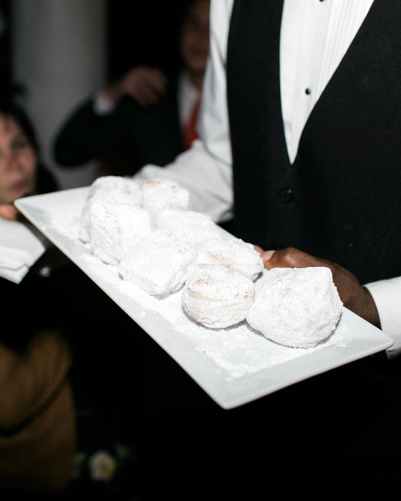 jessica-graham-wedding-dessert-0100-s112171-0915.jpg