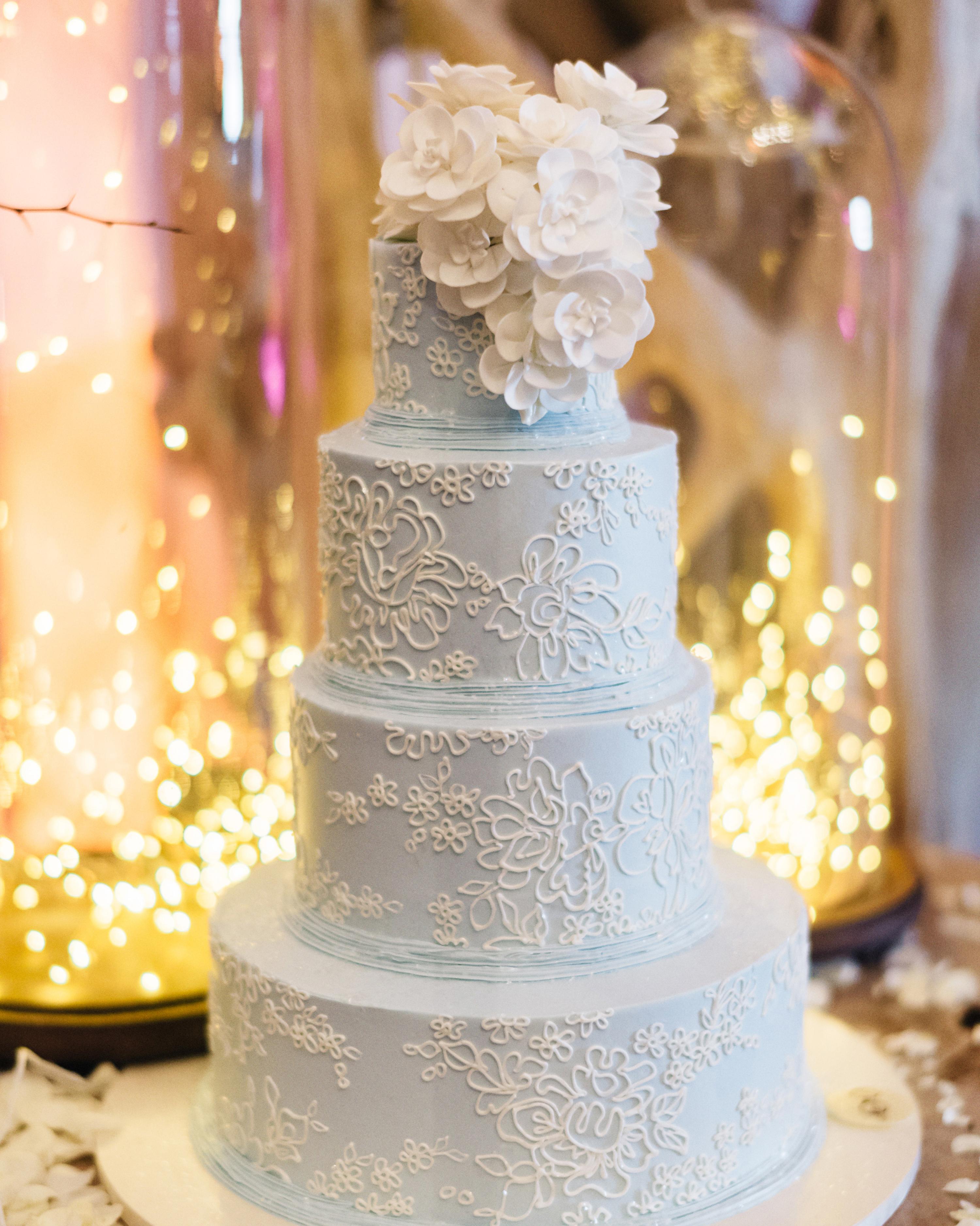 lori-jan-wedding-cake-01174-s112305-1215.jpg