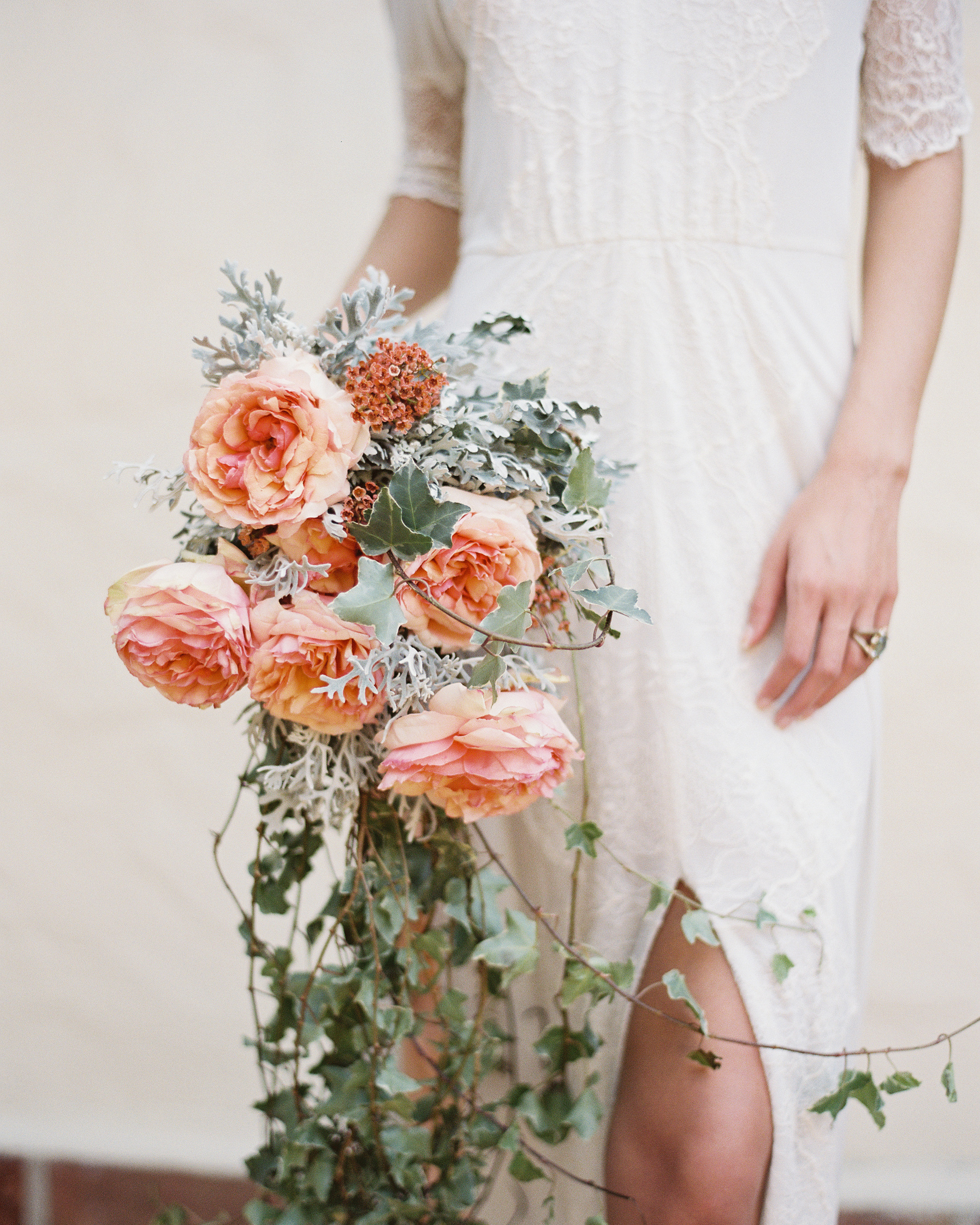 wedding-trends-2015-cascading-bouquets-1215.jpg