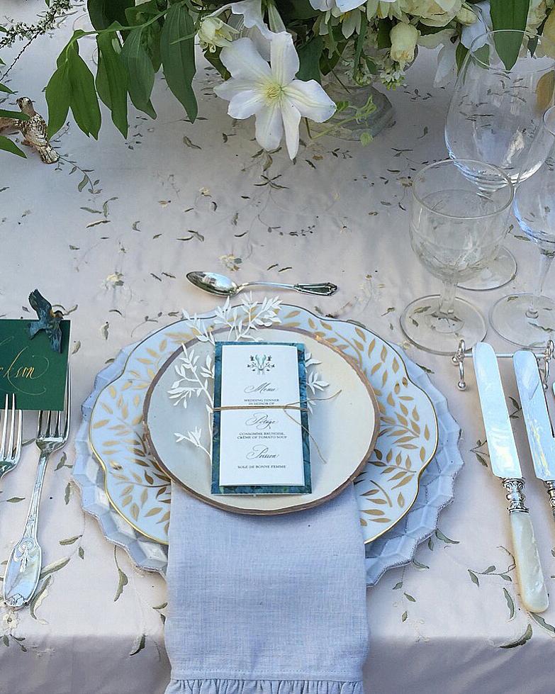 wedding-trends-2015-silver-flatware-1215.jpg