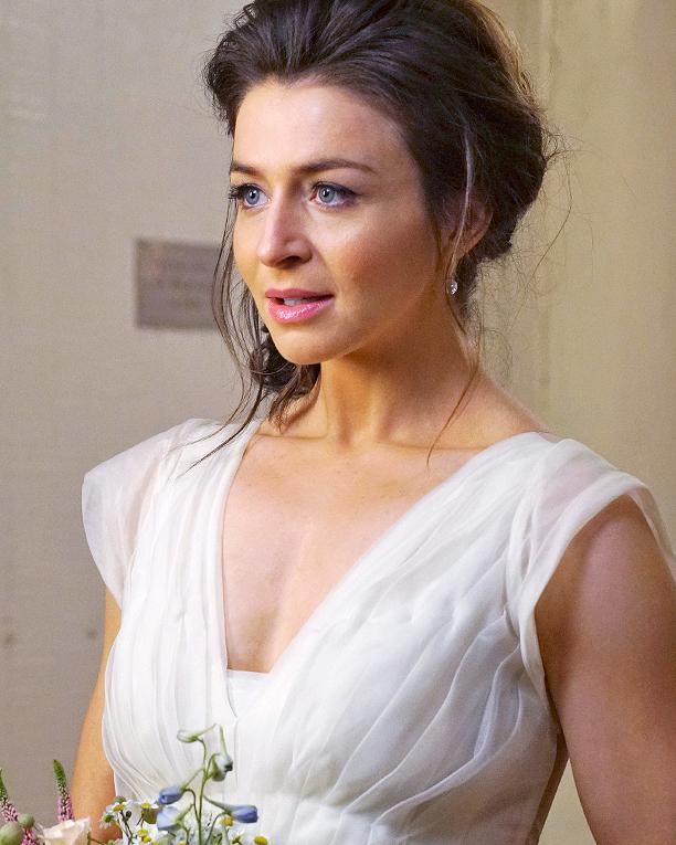 tv-wedding-dress-greys-anatomy-amelia-0516.jpg