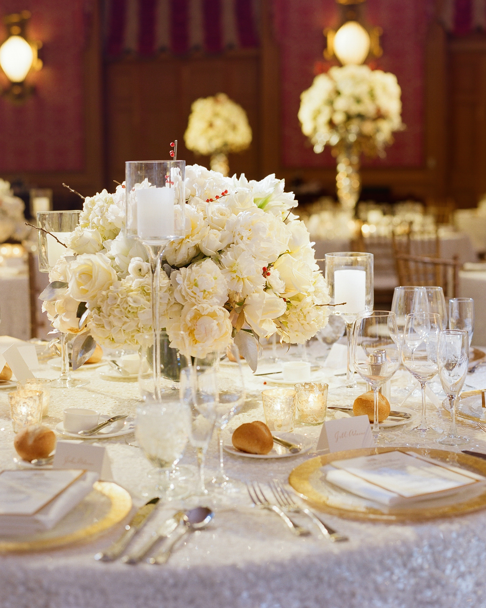 paige-michael-wedding-centerpiece-0964-s112431-1215.jpg