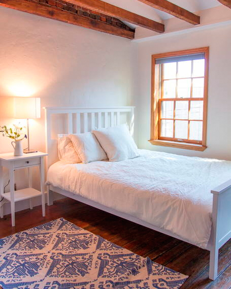 bachelorette-party-destinations-philadelphia-pennsylvania-airbnb-1215.jpg