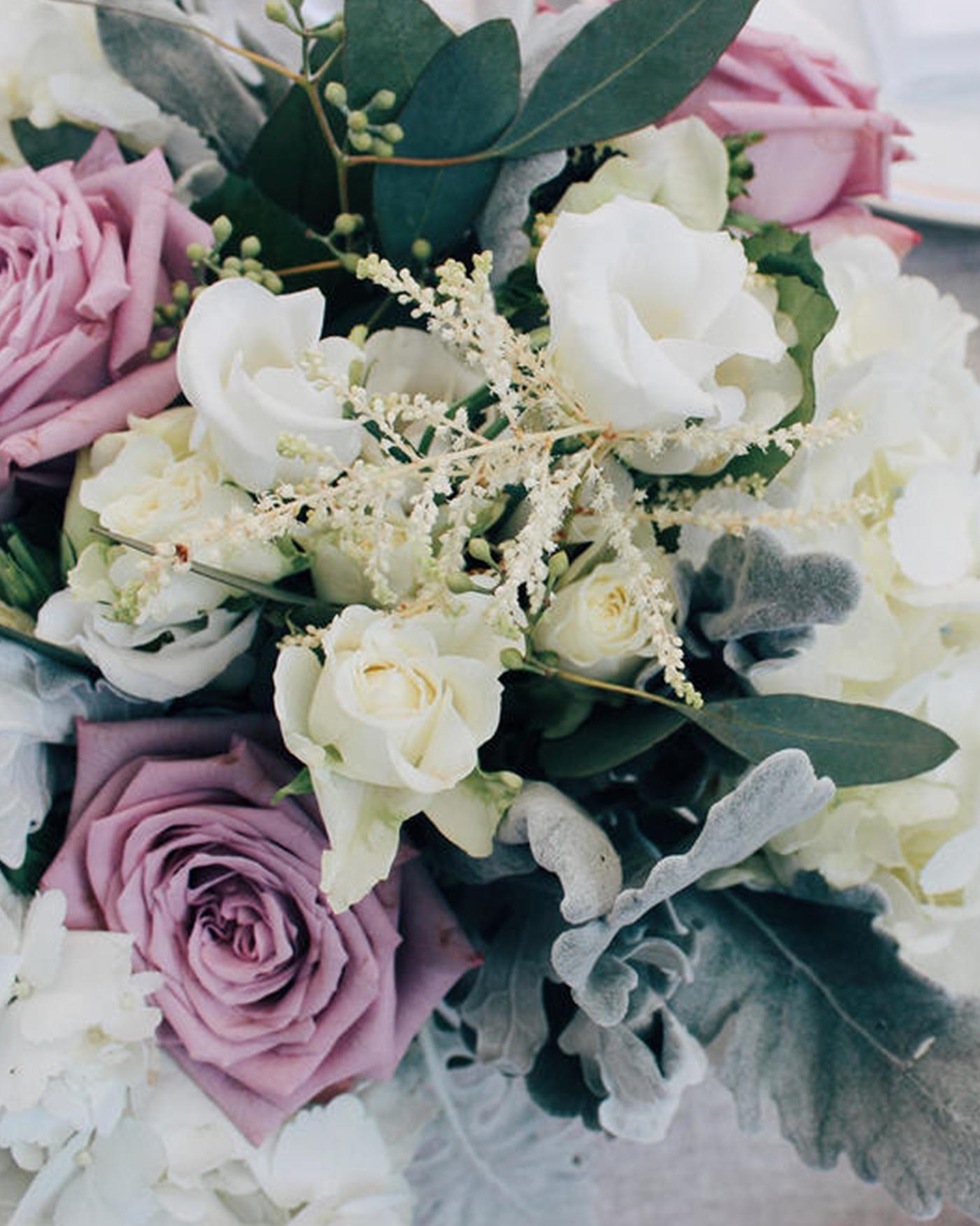 purple-white-green-arrangement-0116