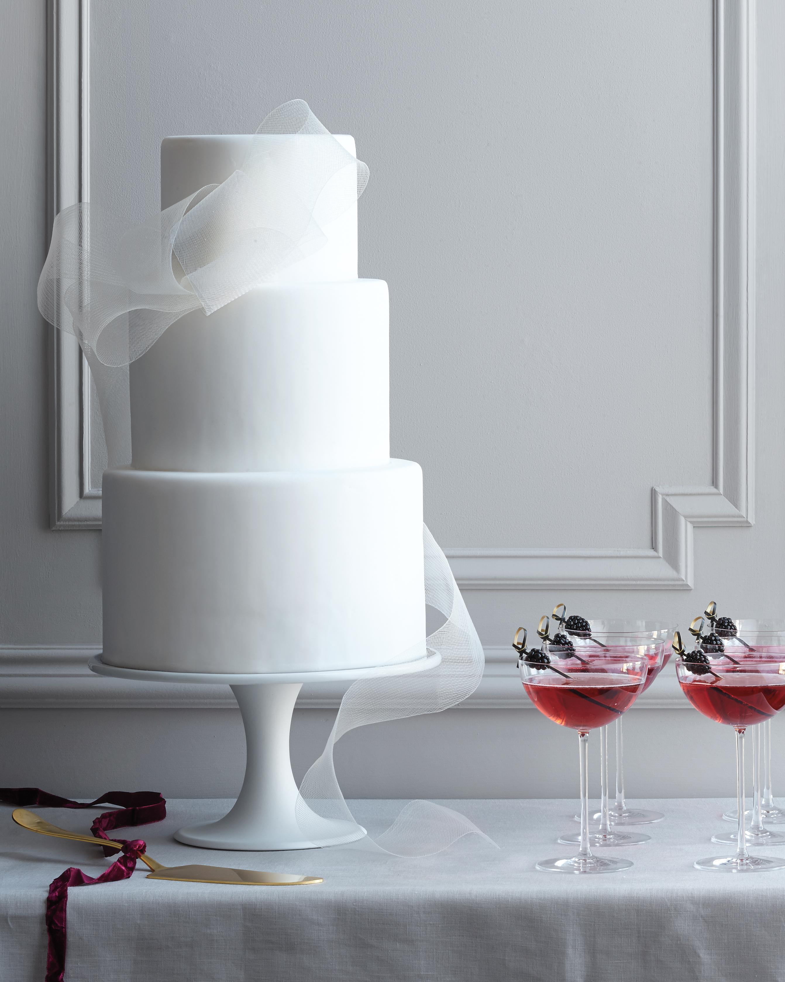 knots-wedding-cake-0156-main-d112254.jpg