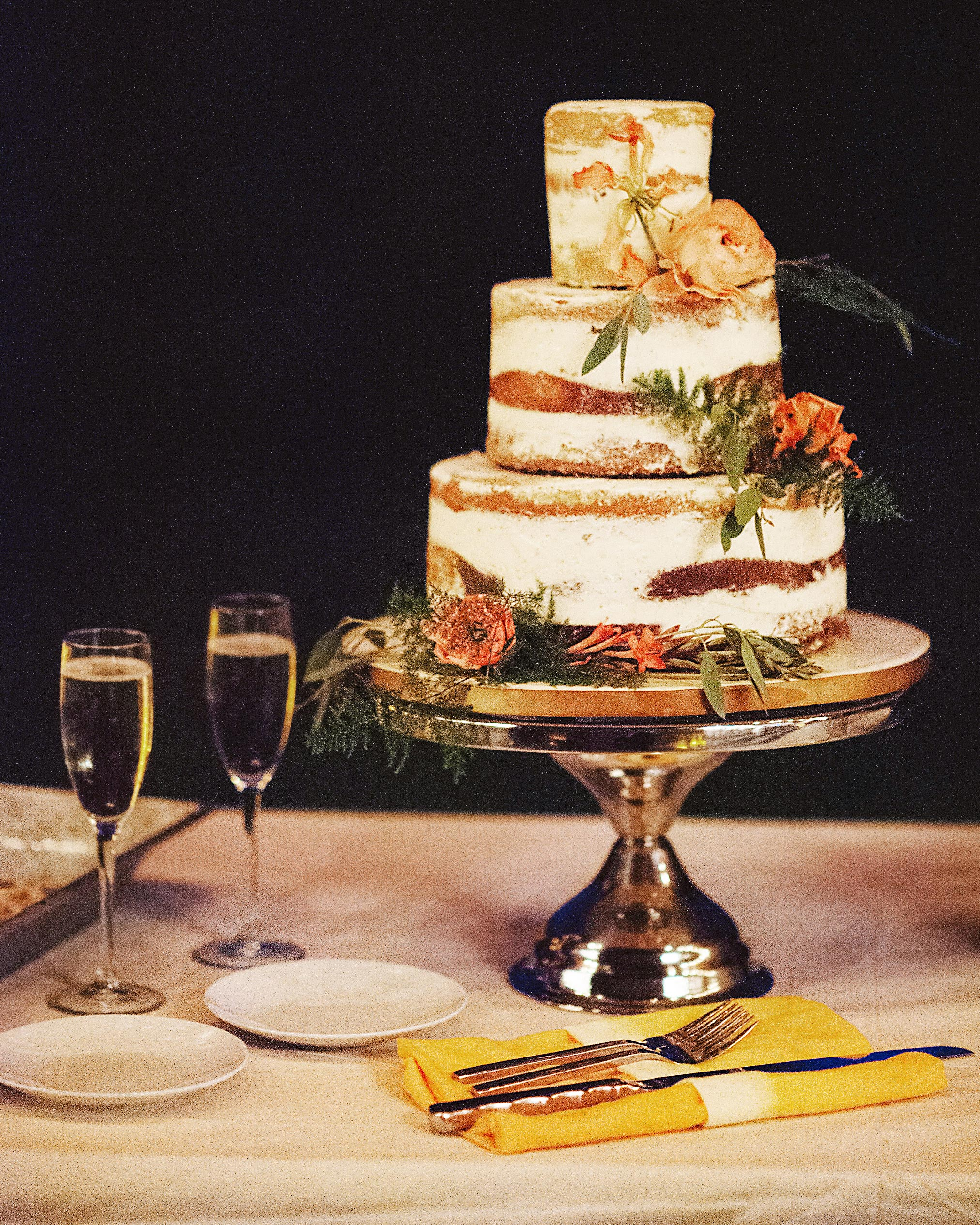cat-vince-wedding-cake-047-s112646-0216.jpg