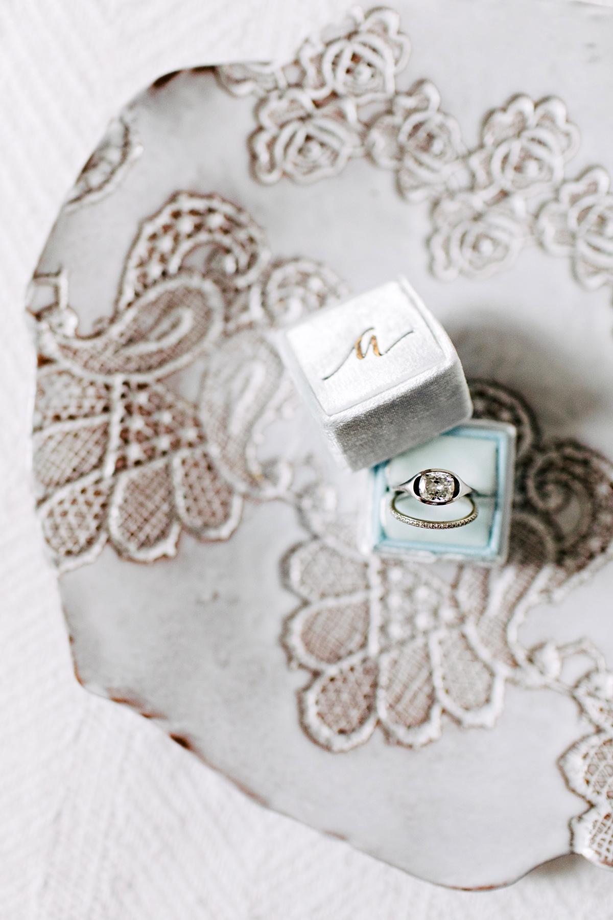 ana and damon wedding rings