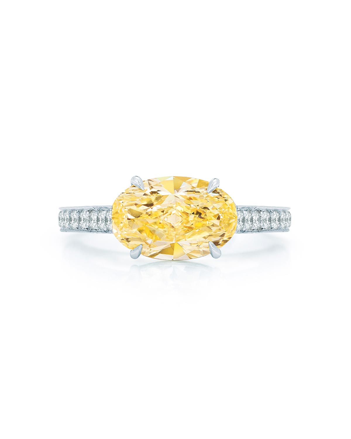 east-west-engagement-ring-kwiat-0116.jpg