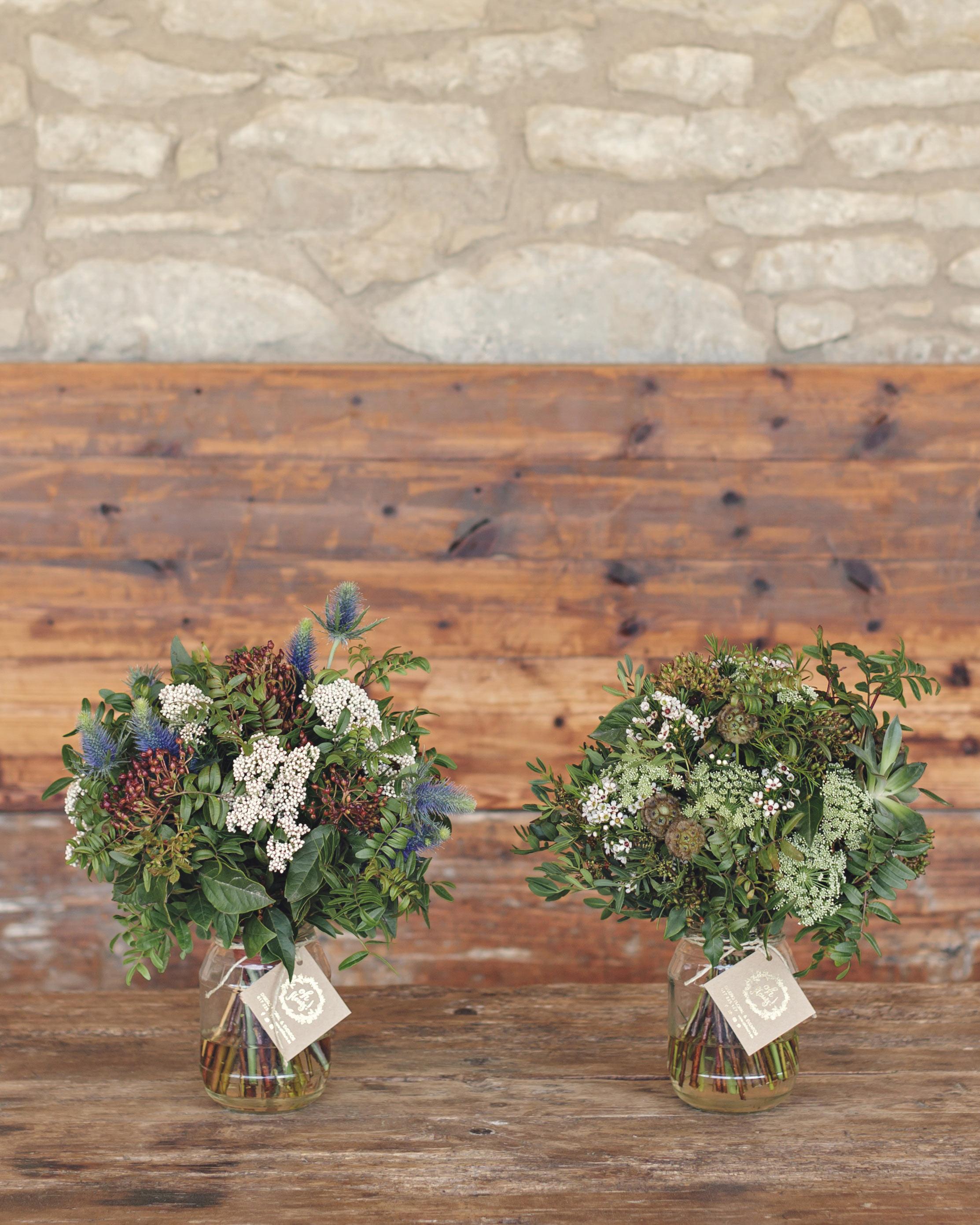 anna-ania-wedding-bouquets-025-s112510-0216.jpg