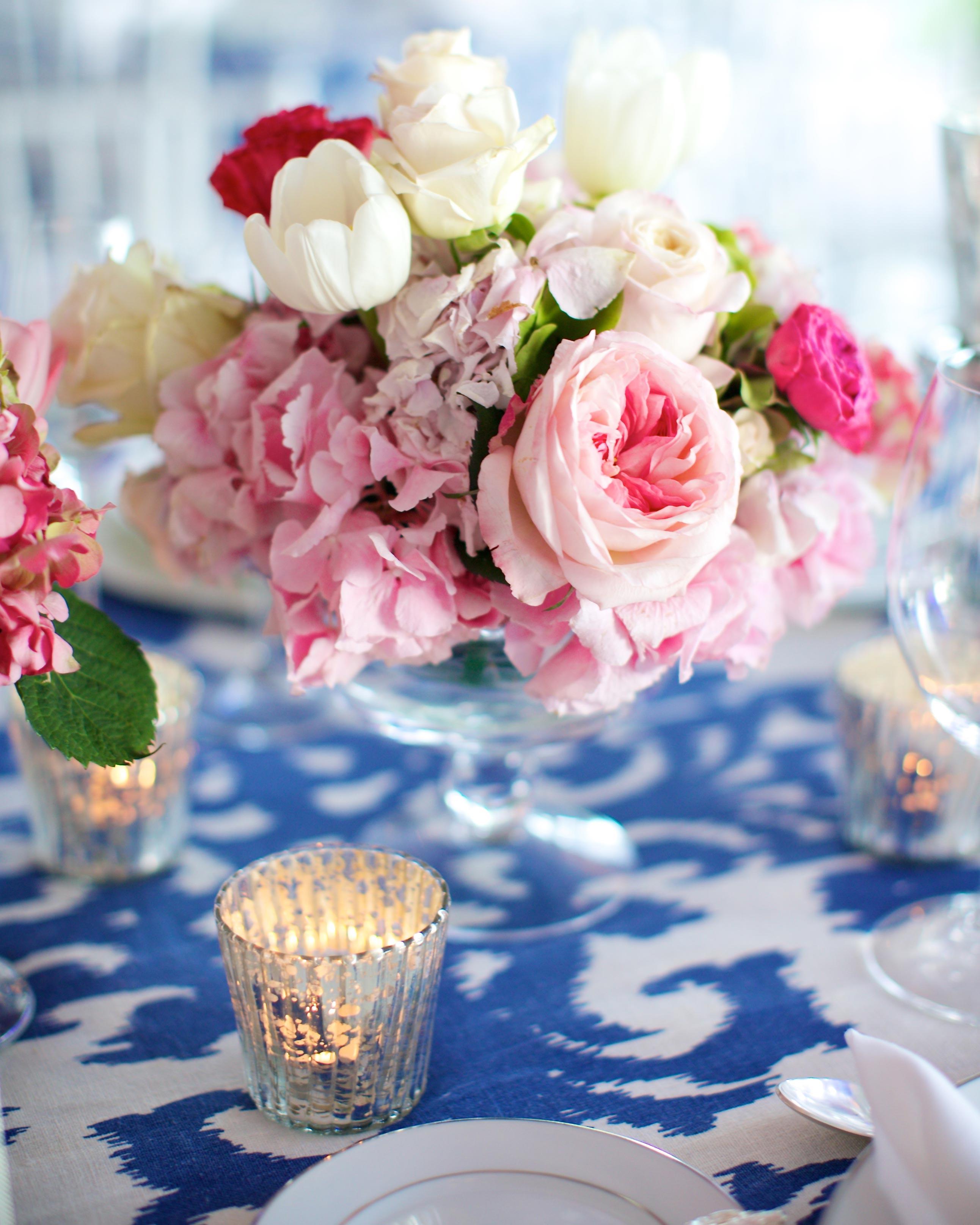 valentines-day-wedding-ideas-centerpiece-0216.jpg