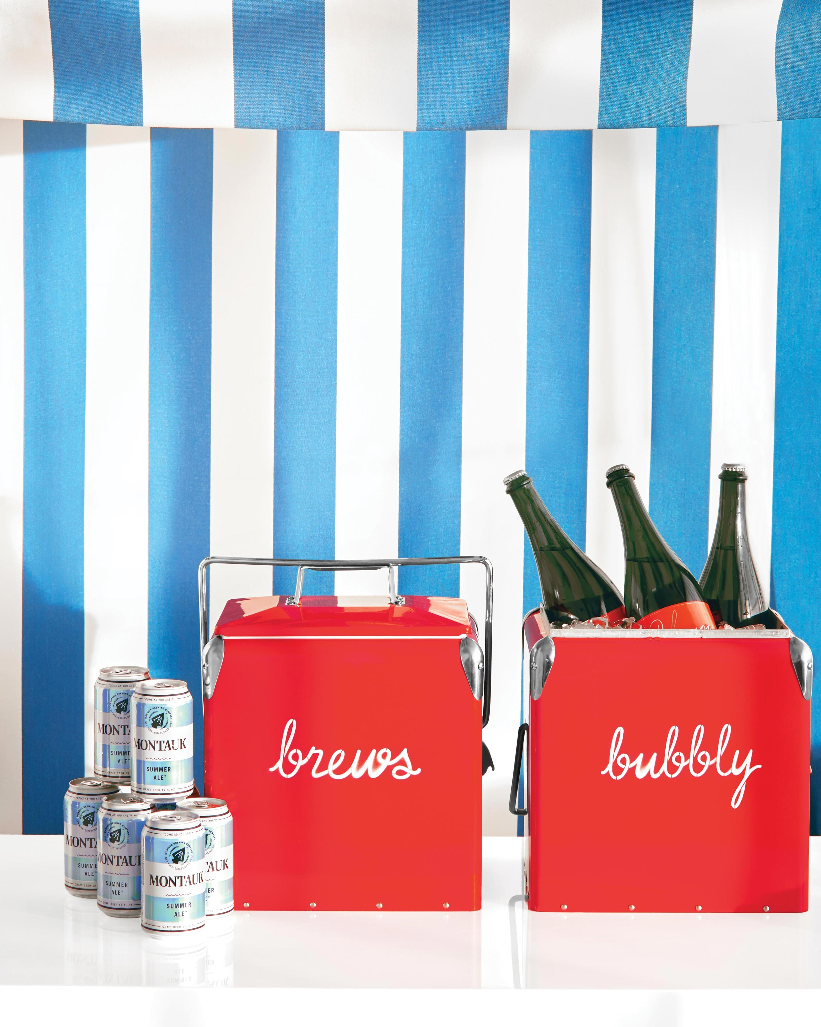 blue-red-wedding-colors-opener-cooler-drinks-823-d112667-comp.jpg
