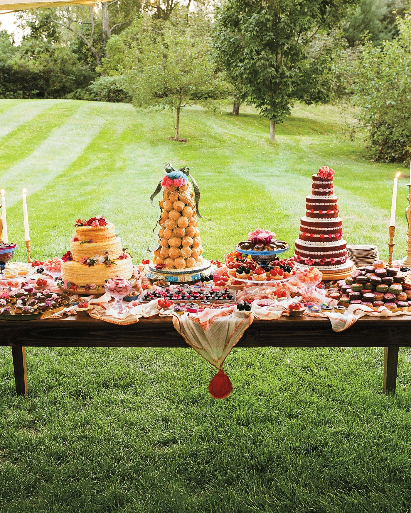 mfiona-peter-wedding-vermont-dessert-table-9679.16r.2015.47-d112512.jpg