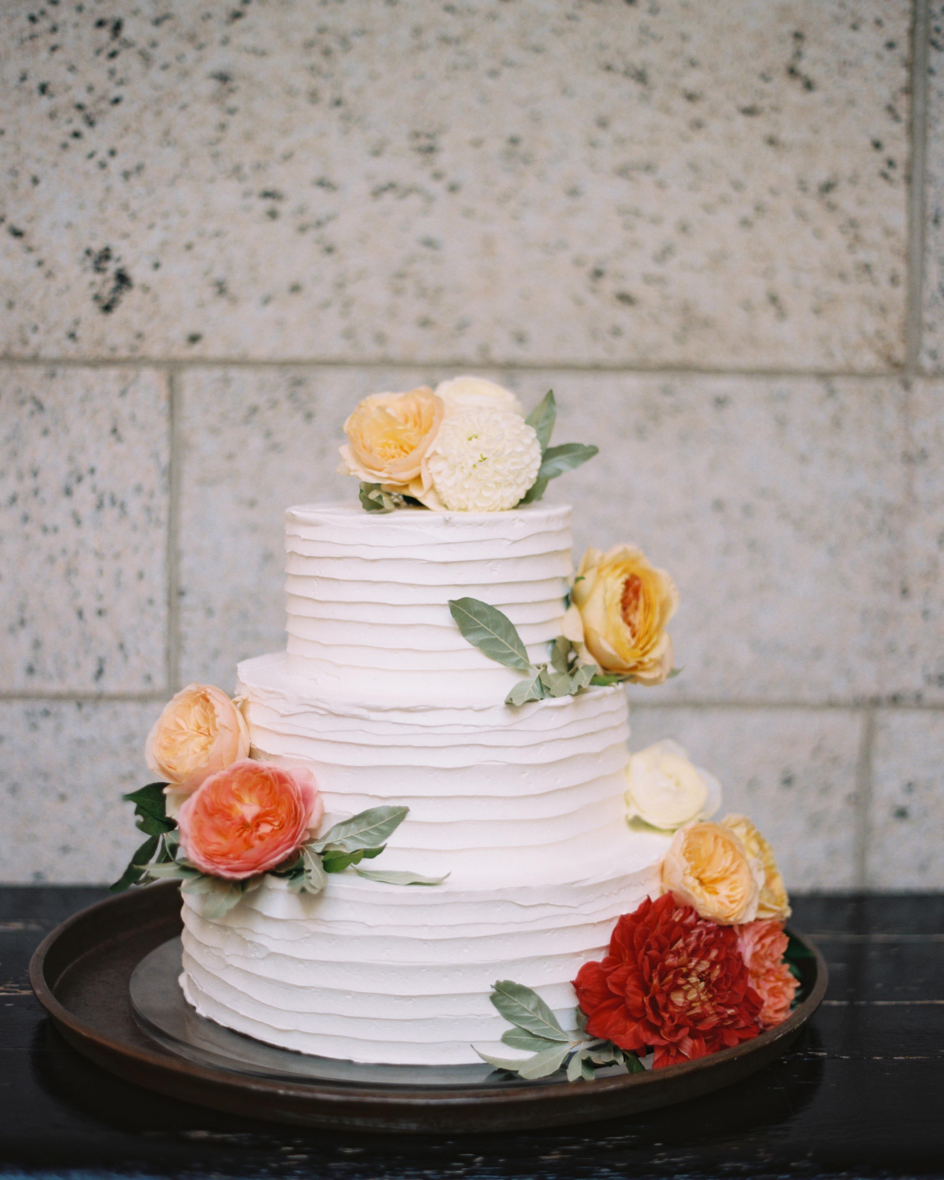 katie-kent-wedding-cake-016-s112765-0316.jpg