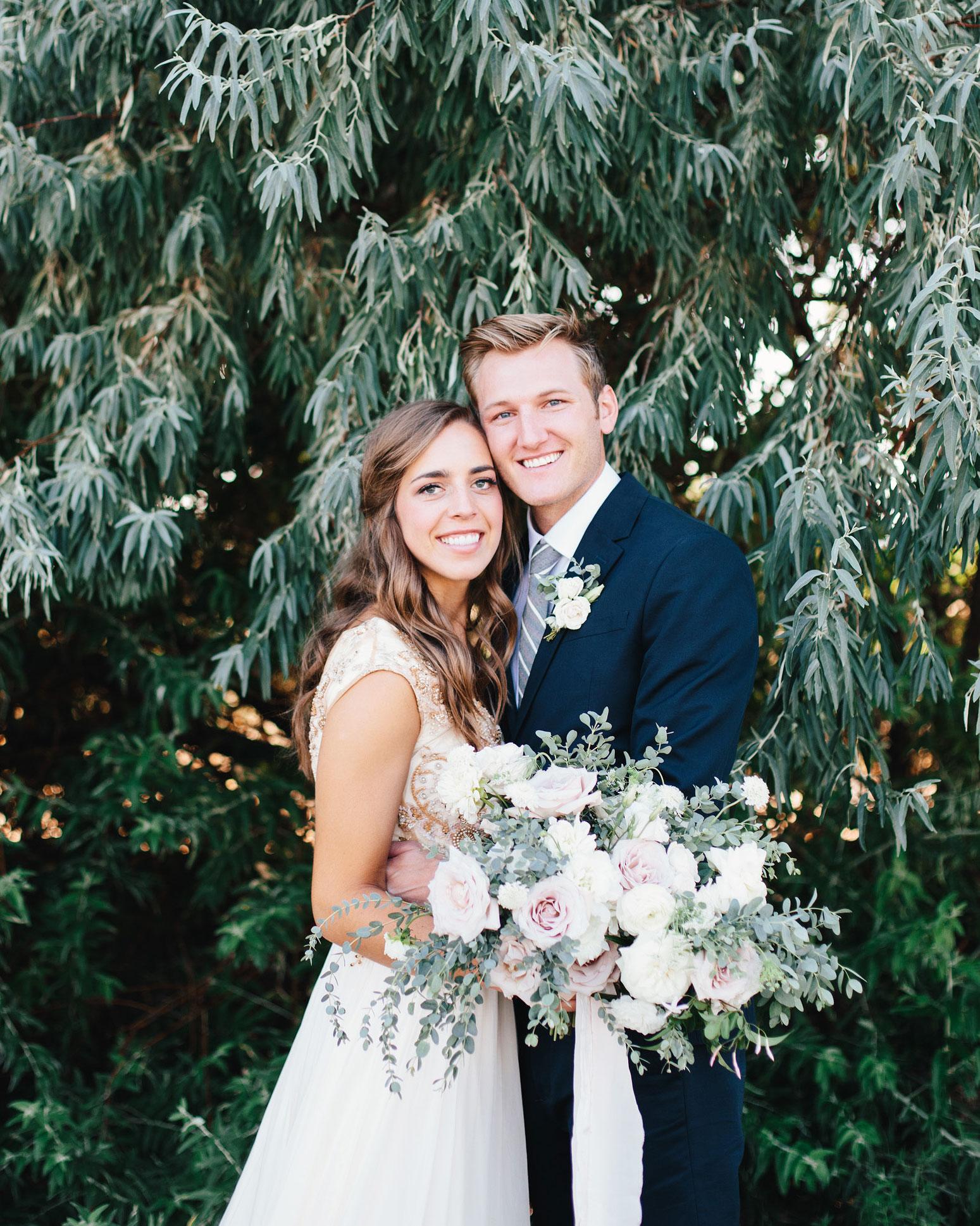 mackenzie-boman-wedding-couple-169-s112693-0316.jpg