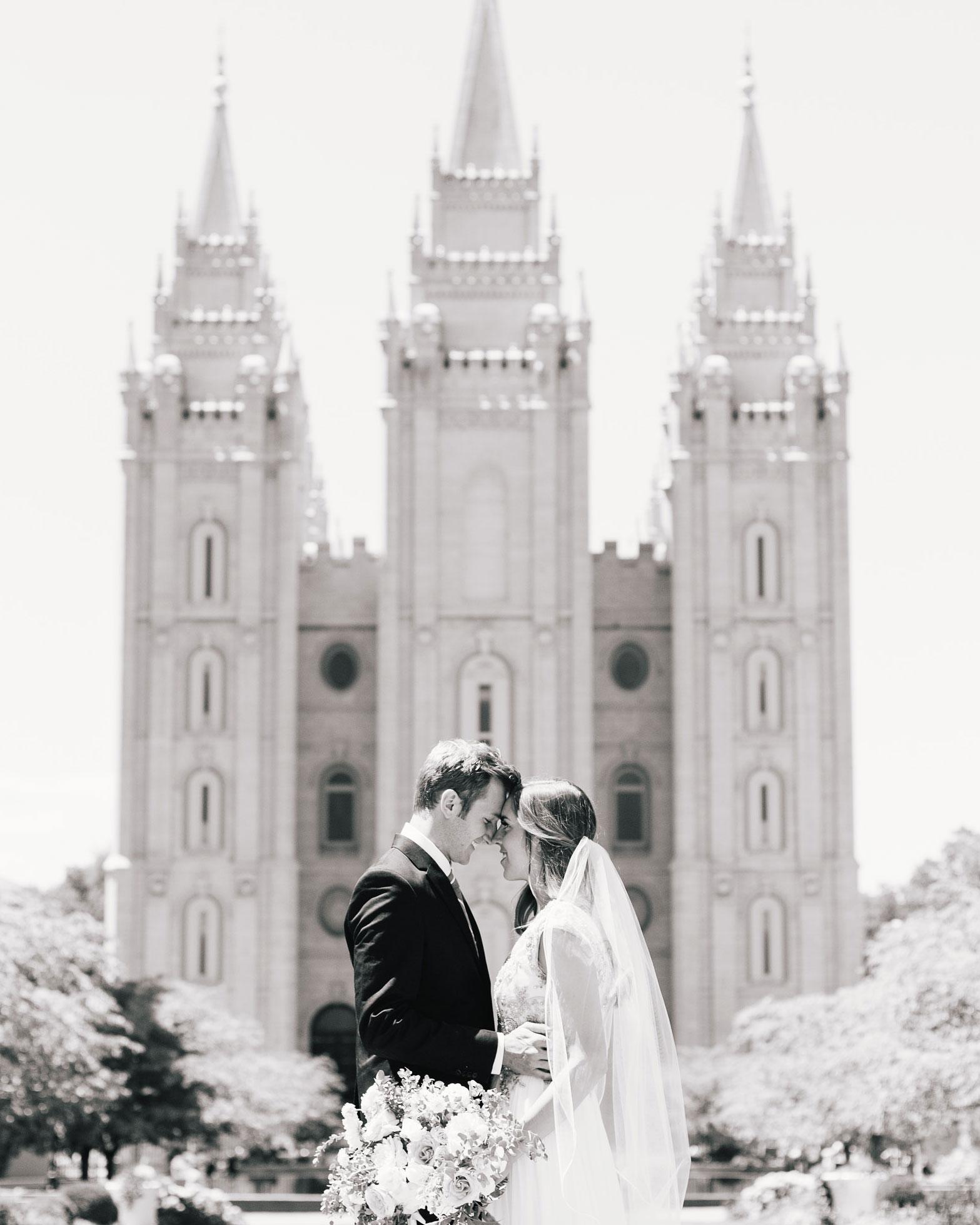 mackenzie-boman-wedding-couple-147-s112693-0316.jpg