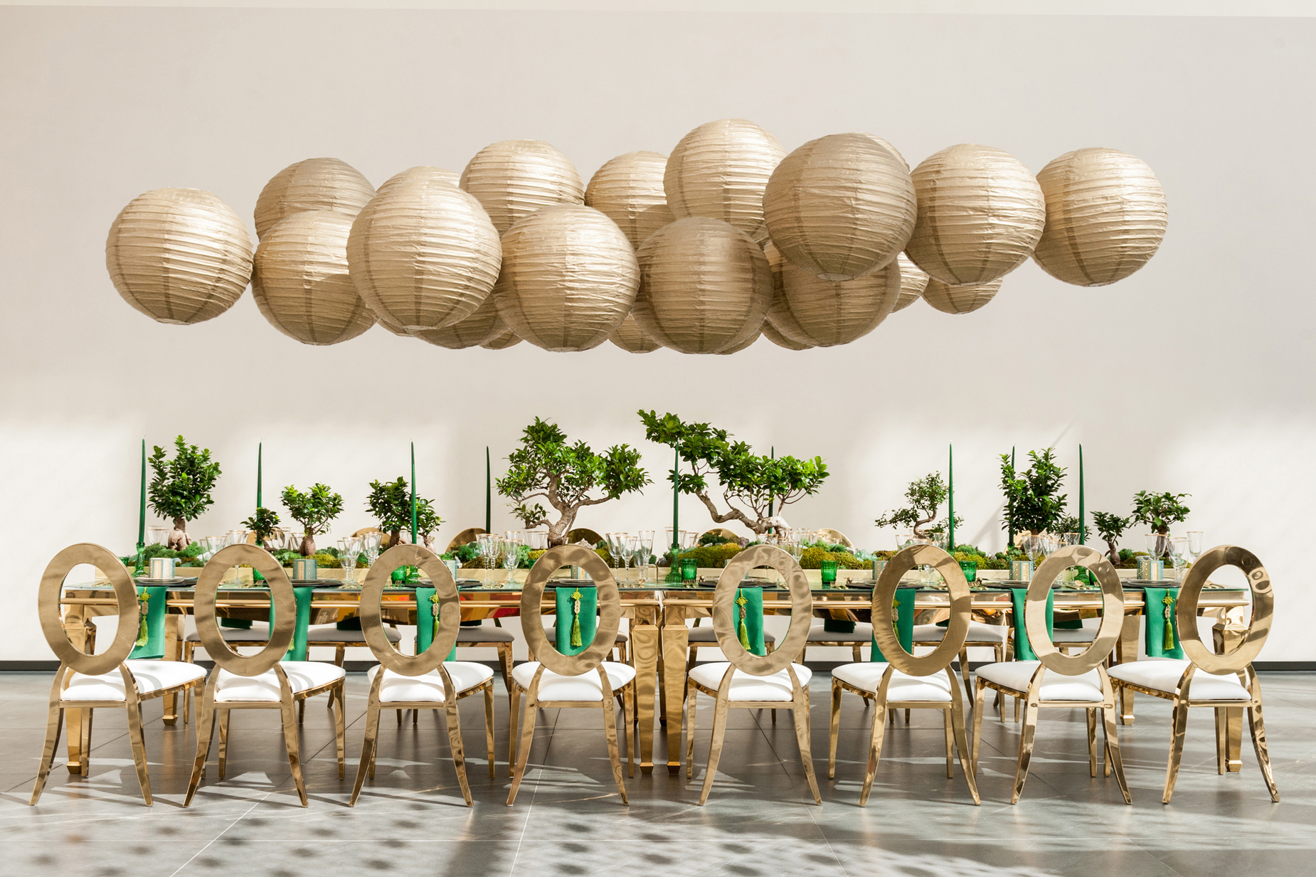 hanging gold Chinese Paper Lanterns