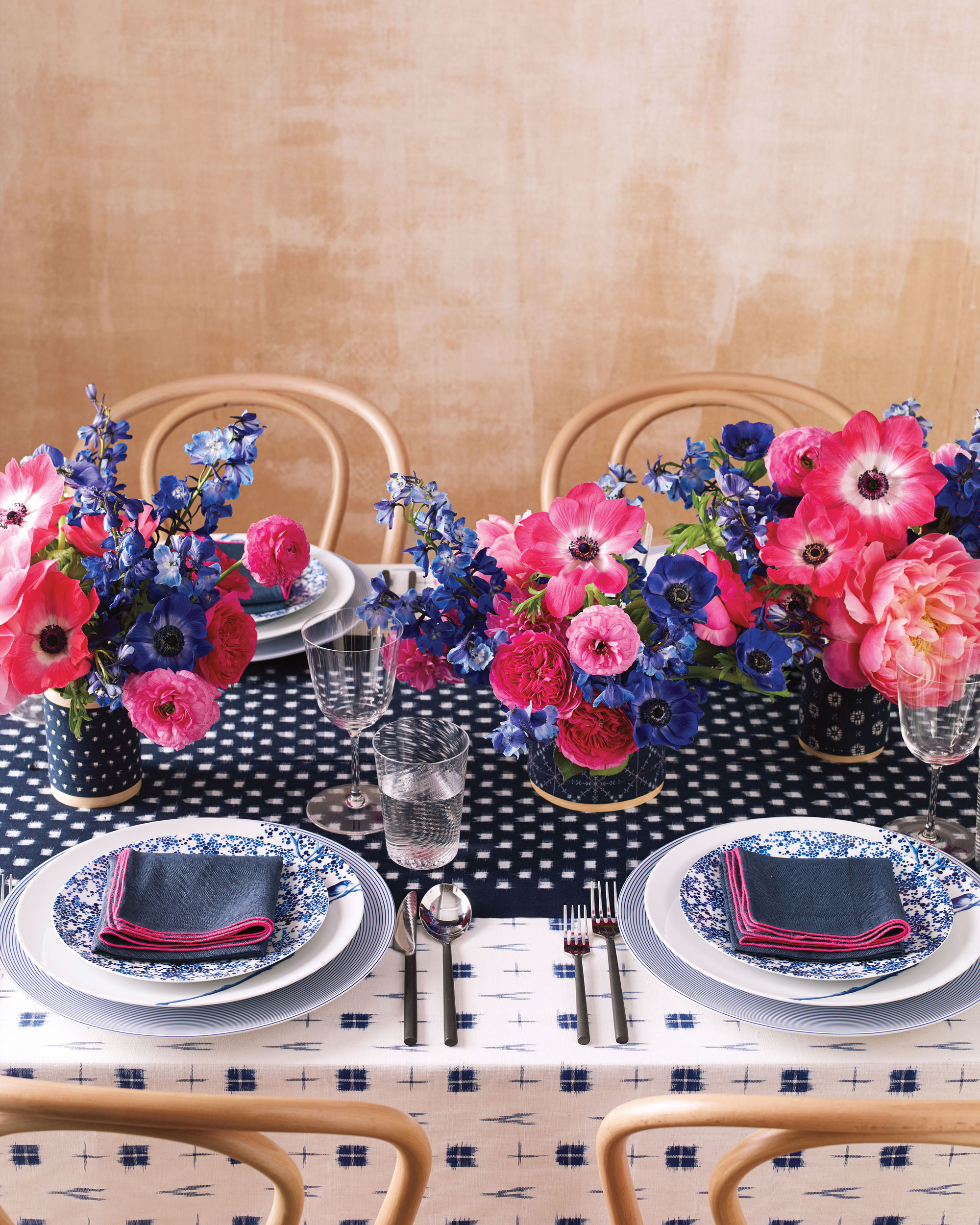 mmwd110739-expert-advice-colorful-table-setting.jpg