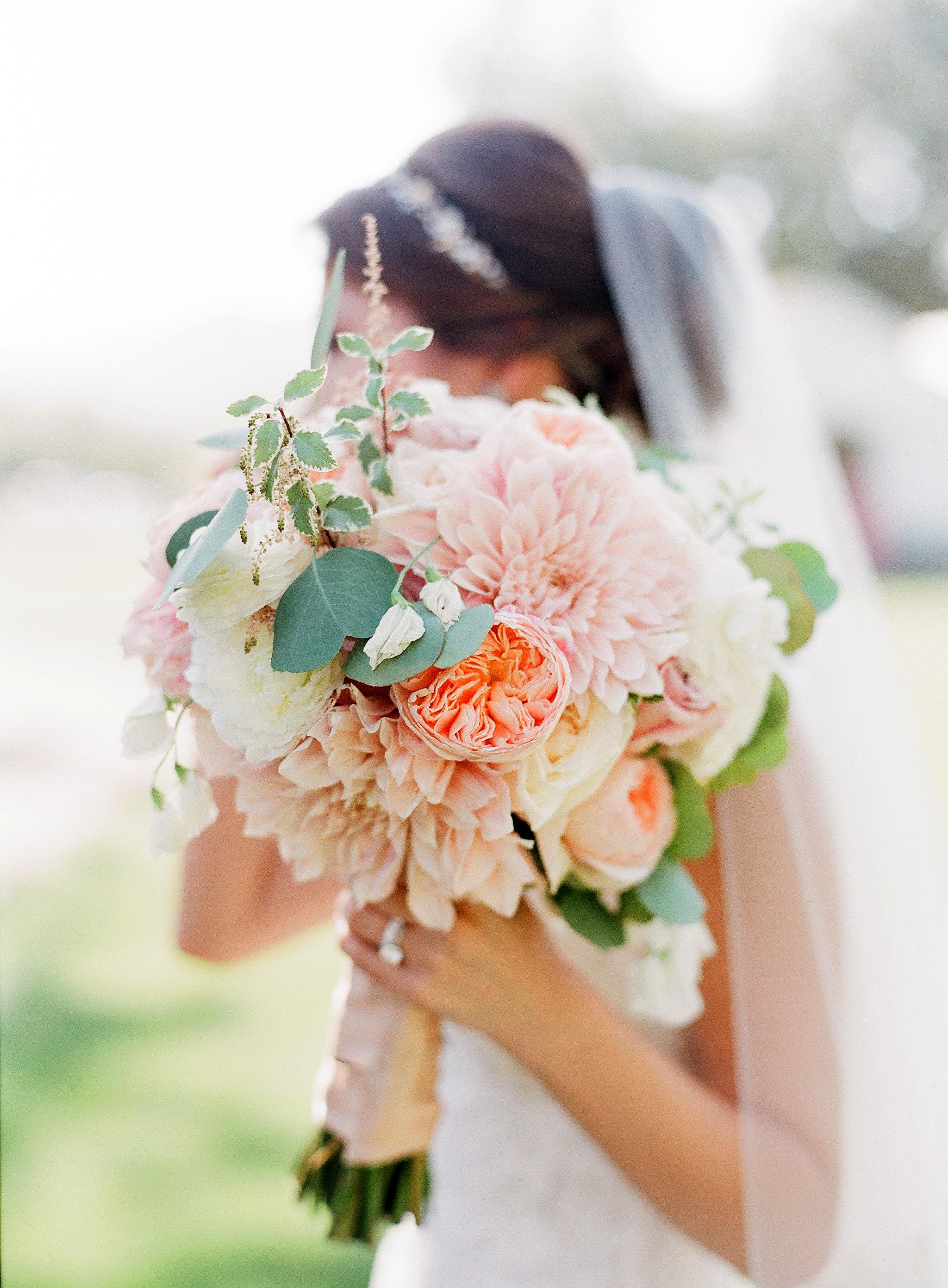 bride dahlia bouquet pastel flowers