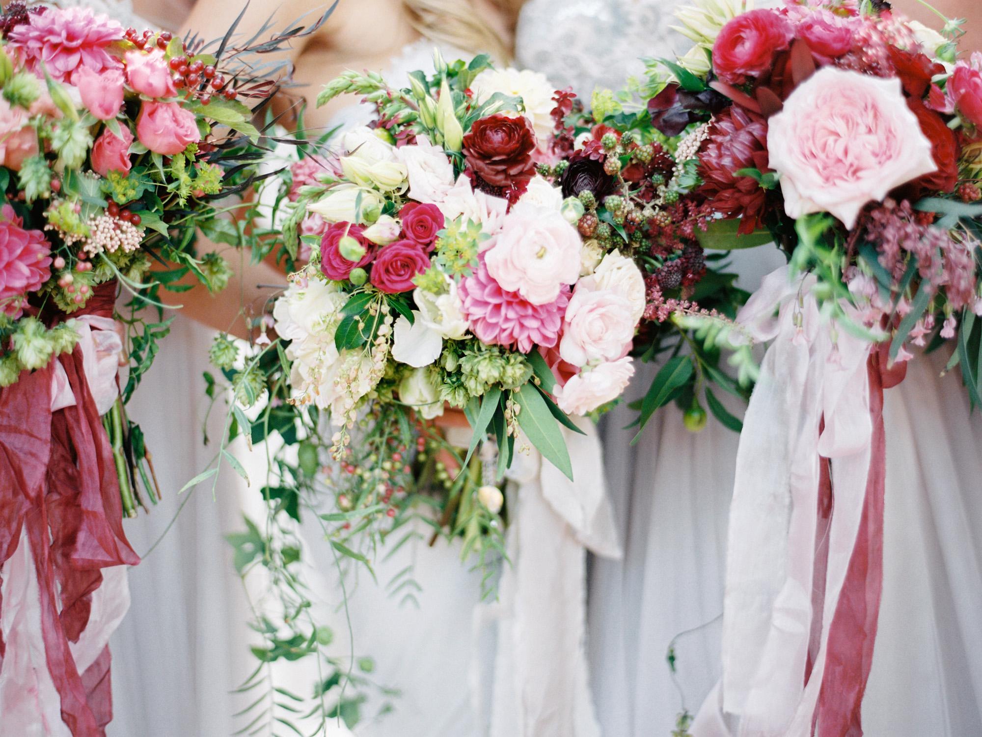 bride bridesmaides dahlia bouquet pink flowers