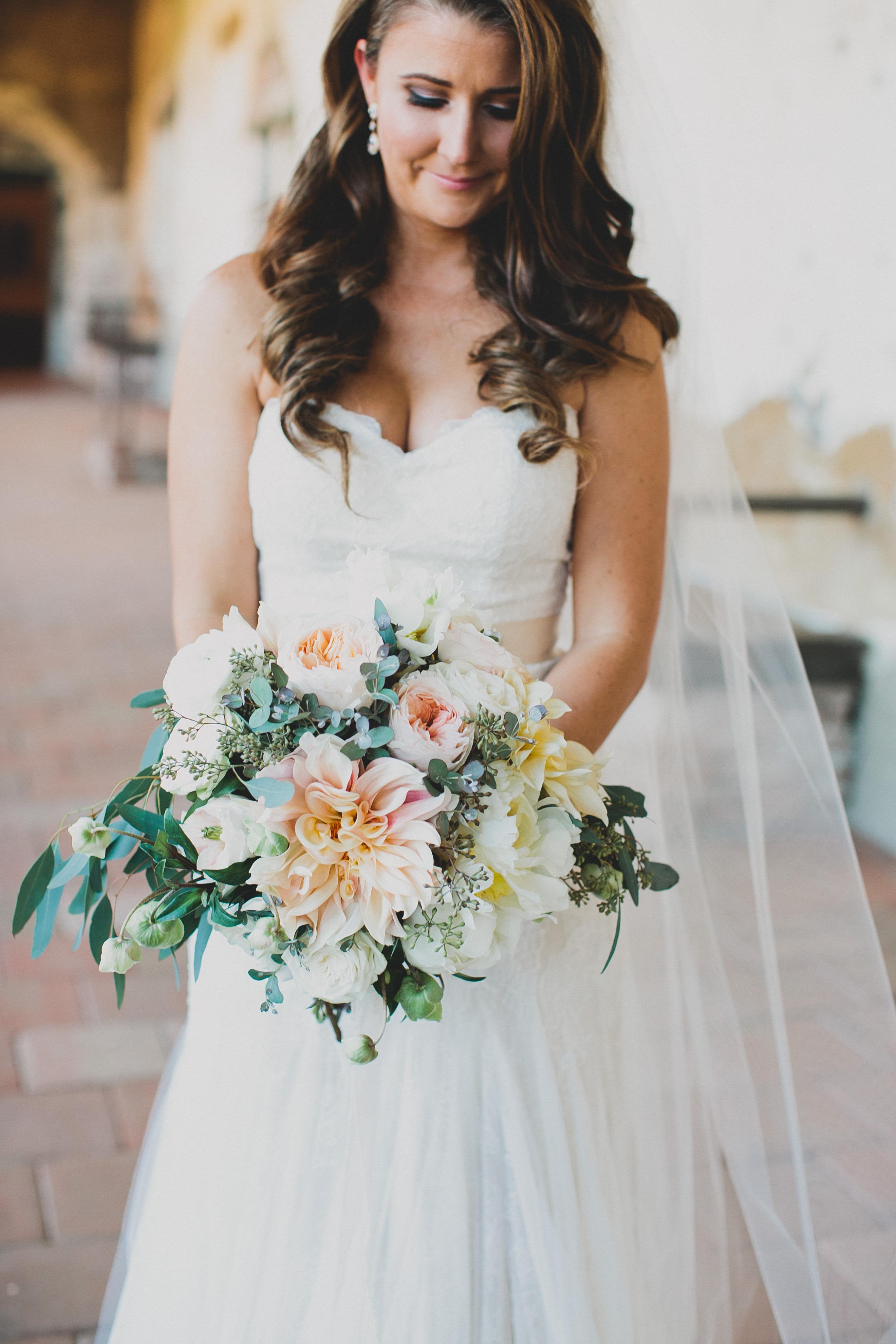 full dahlia wedding bouquet