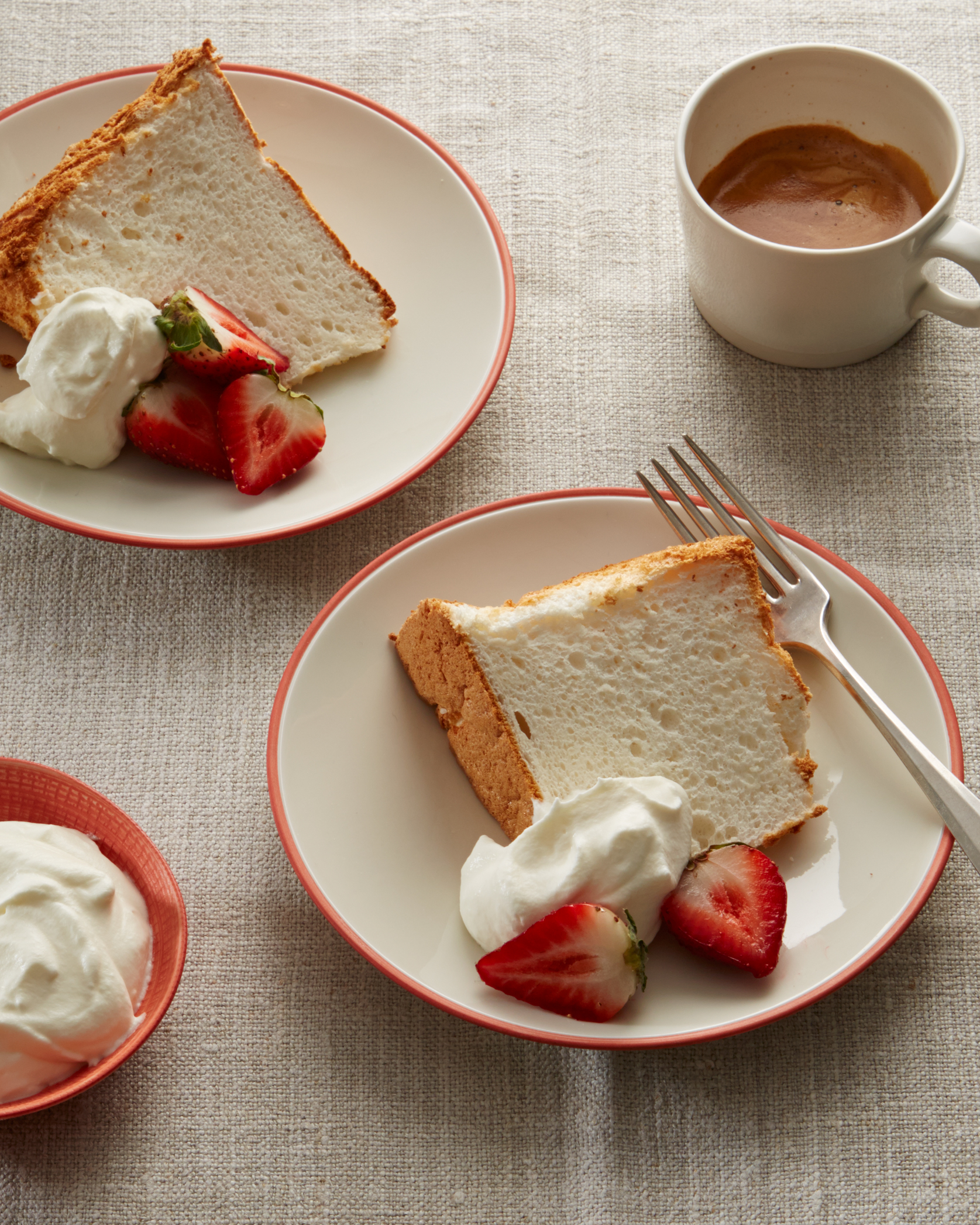 gluten-free-angel-food-cake-2955-d112808.jpg