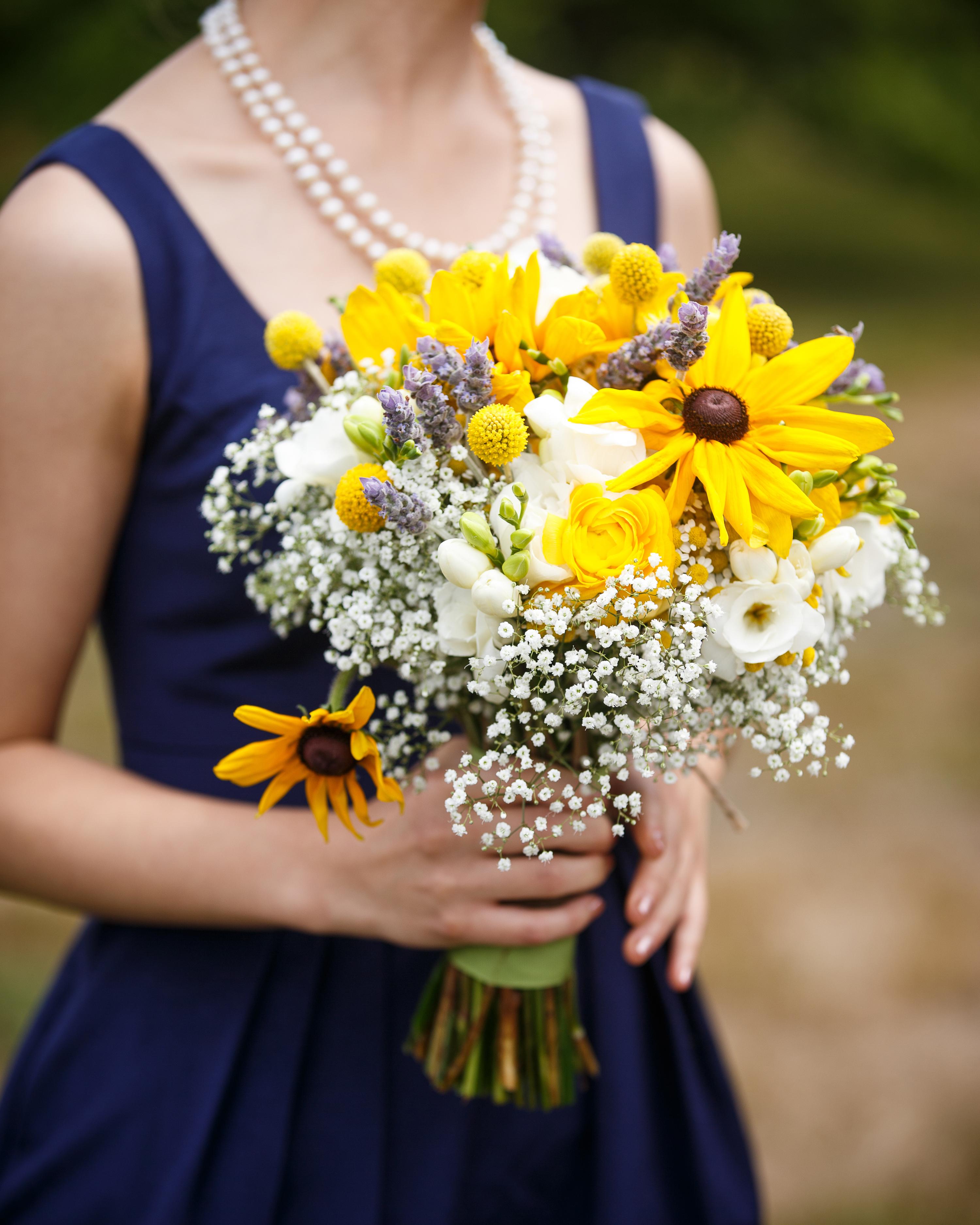 kristel-austin-wedding-bouquet-11-s11860-0415.jpg