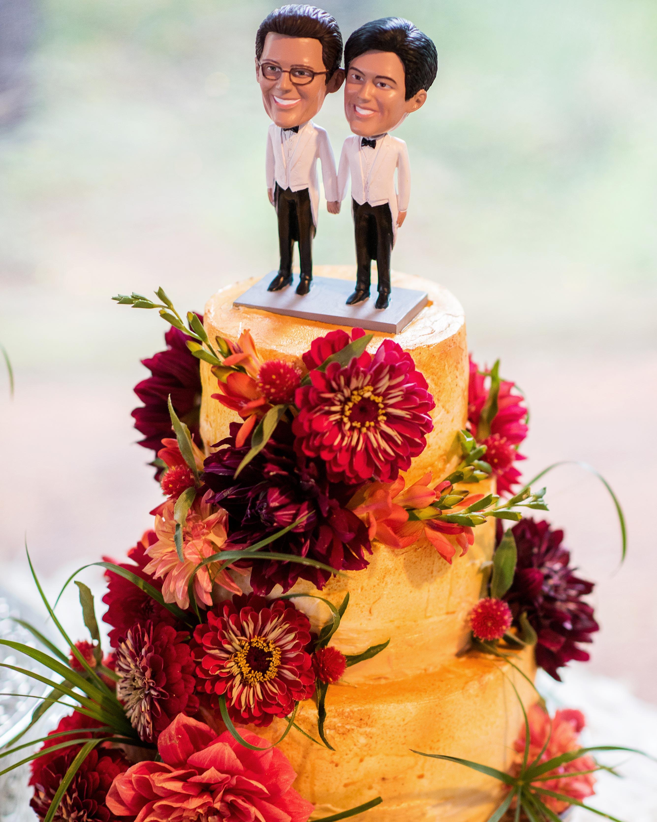 christopher-stephen-wedding-cake-0764-s112787-0416.jpg