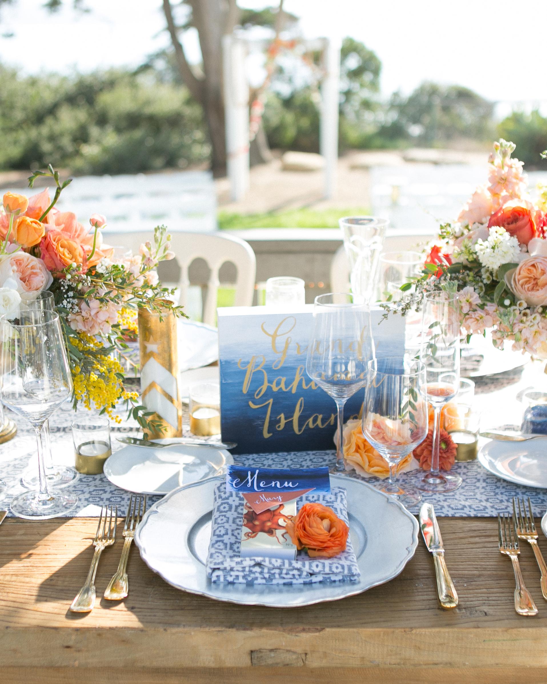 jess-clint-wedding-tabledetail-204-s111420-0814.jpg