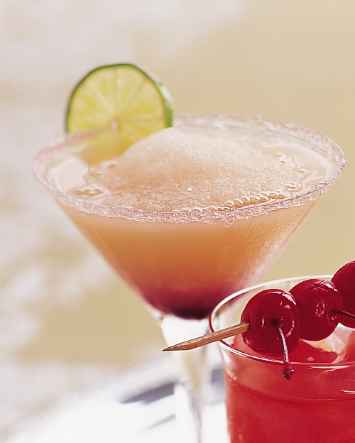 wedding-mocktail-recipes-nonalcoholic-drinks-pink-grapefruit-margarita-0915.jpg