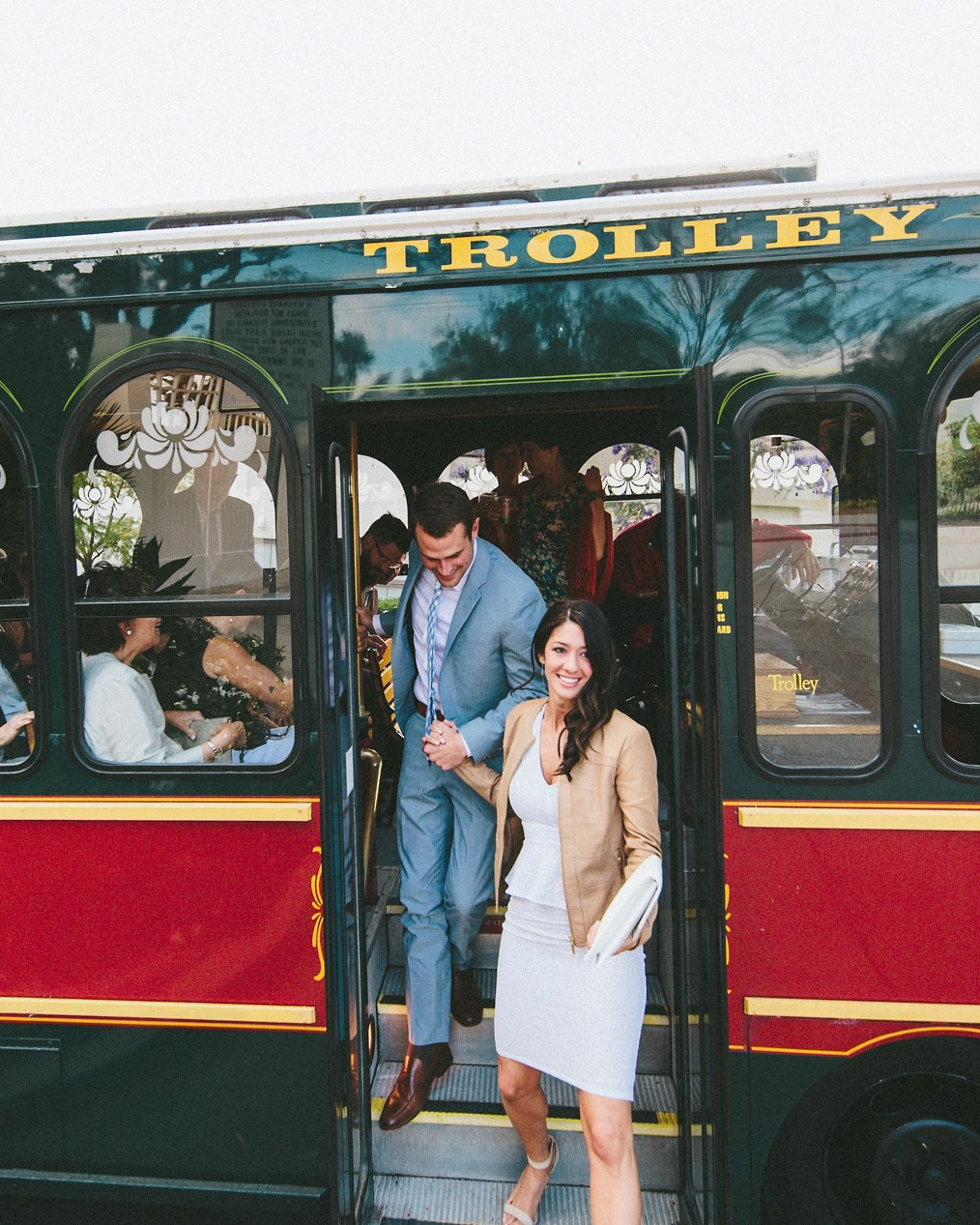 wedding-weekend-ideas-local-transportation-trolley-0416.jpg