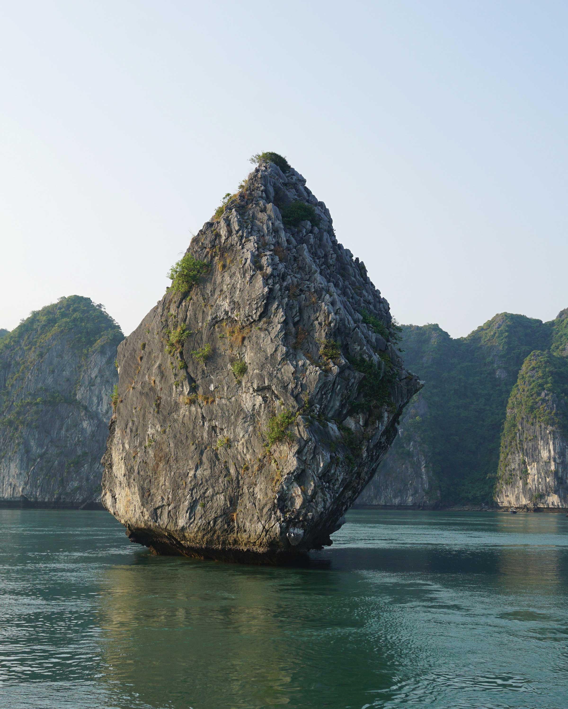 travel-honeymoon-diaries-ha-long-bay-vietnam-s112955.jpg