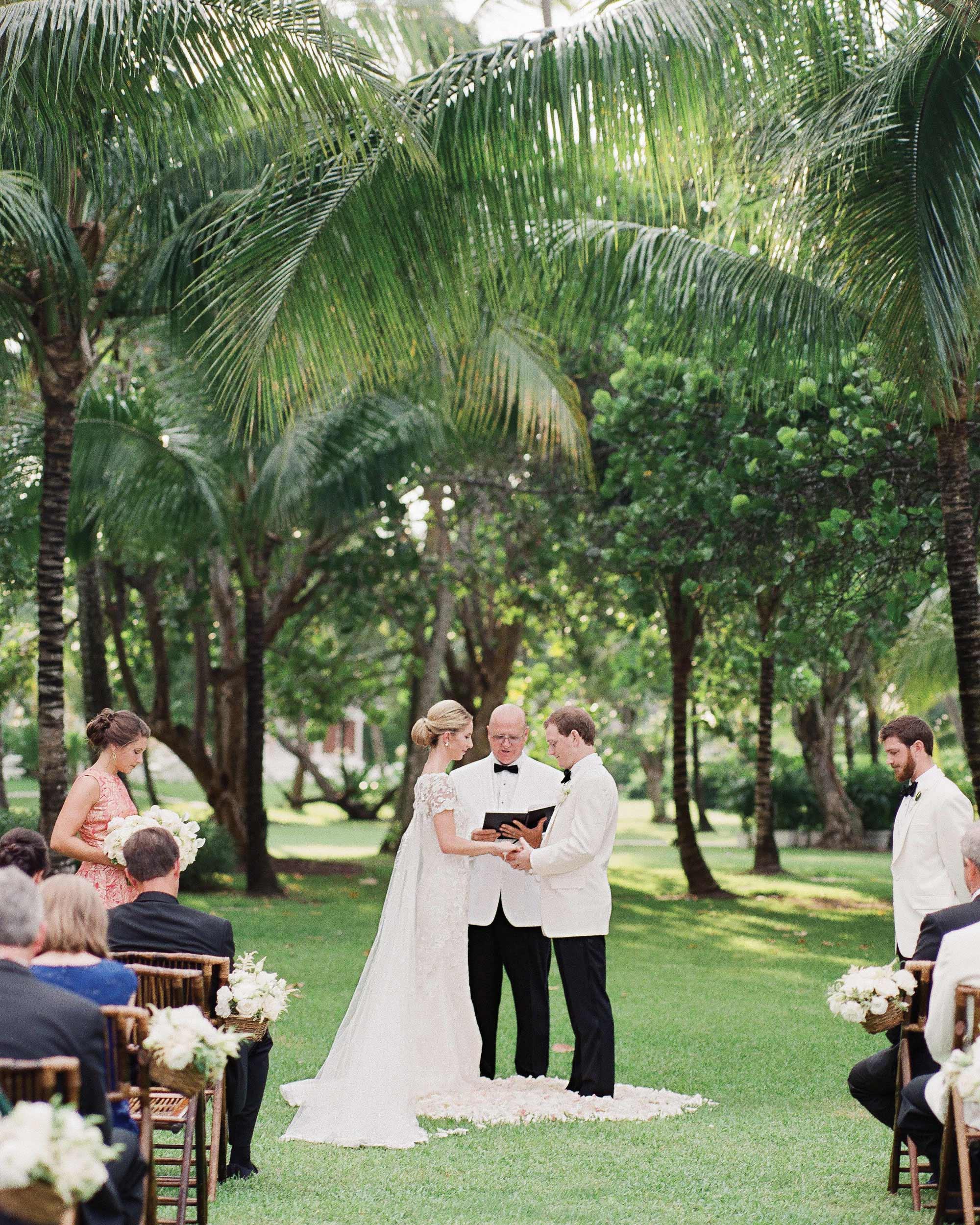 kelsey-casey-real-wedding-bride-and-groom-at-altar.jpg
