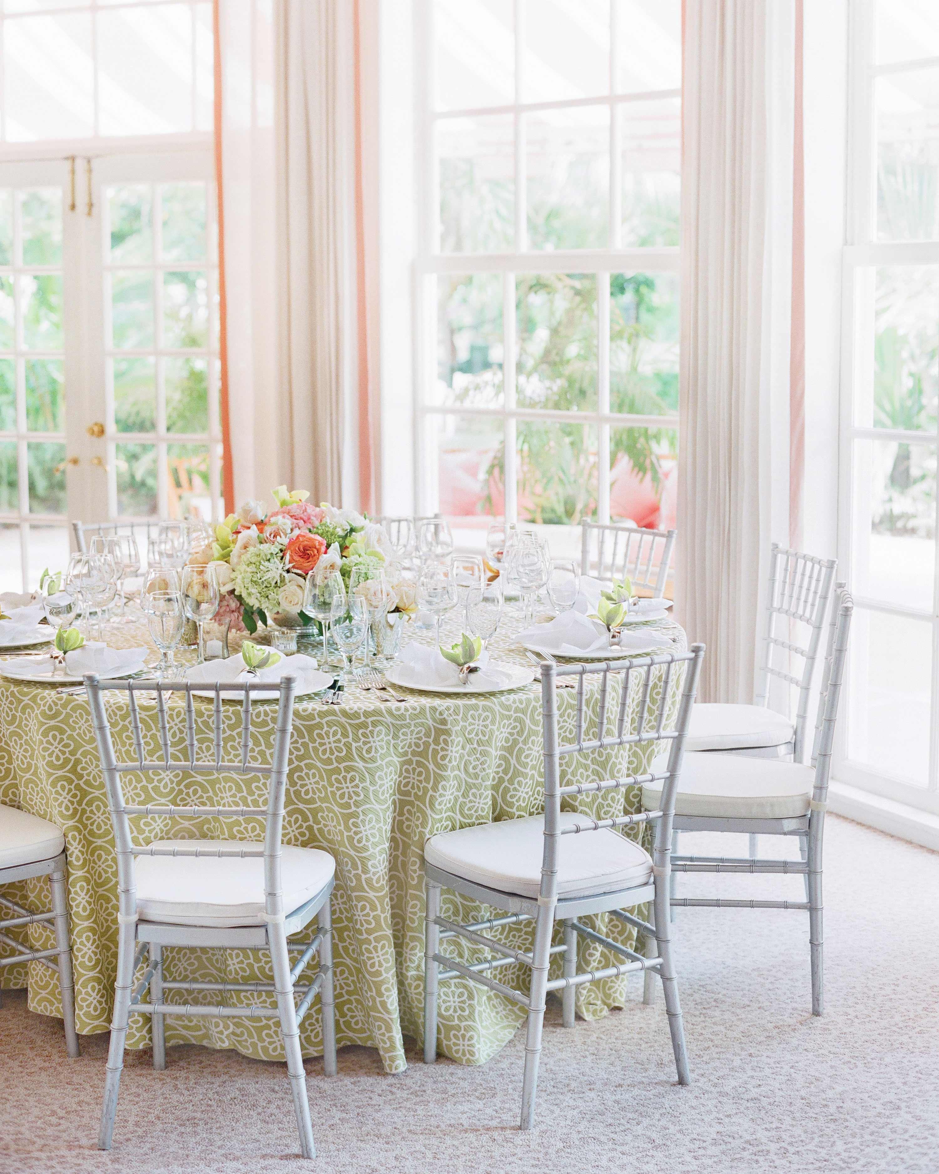 kelsey-casey-real-wedding-reception-table-settings.jpg