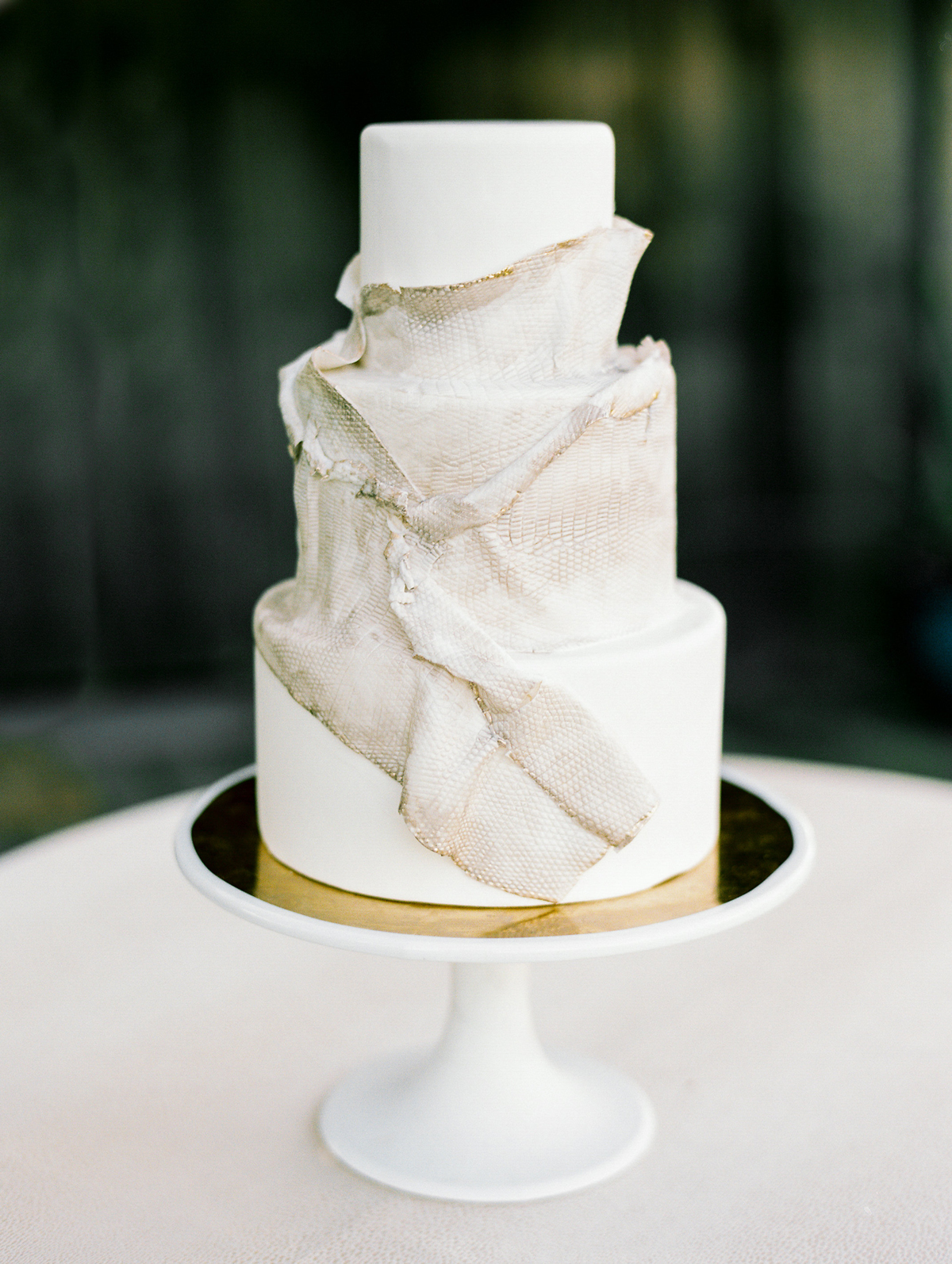 animal print wedding ideas snakeskin wedding cake