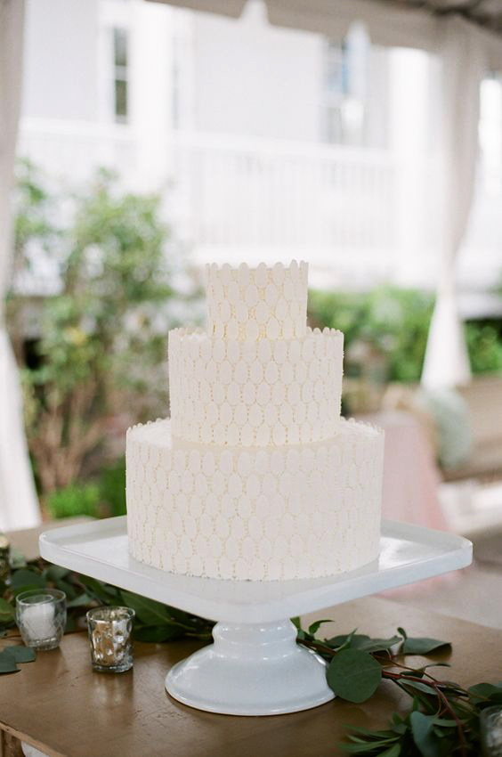 3-tier white texturized cake