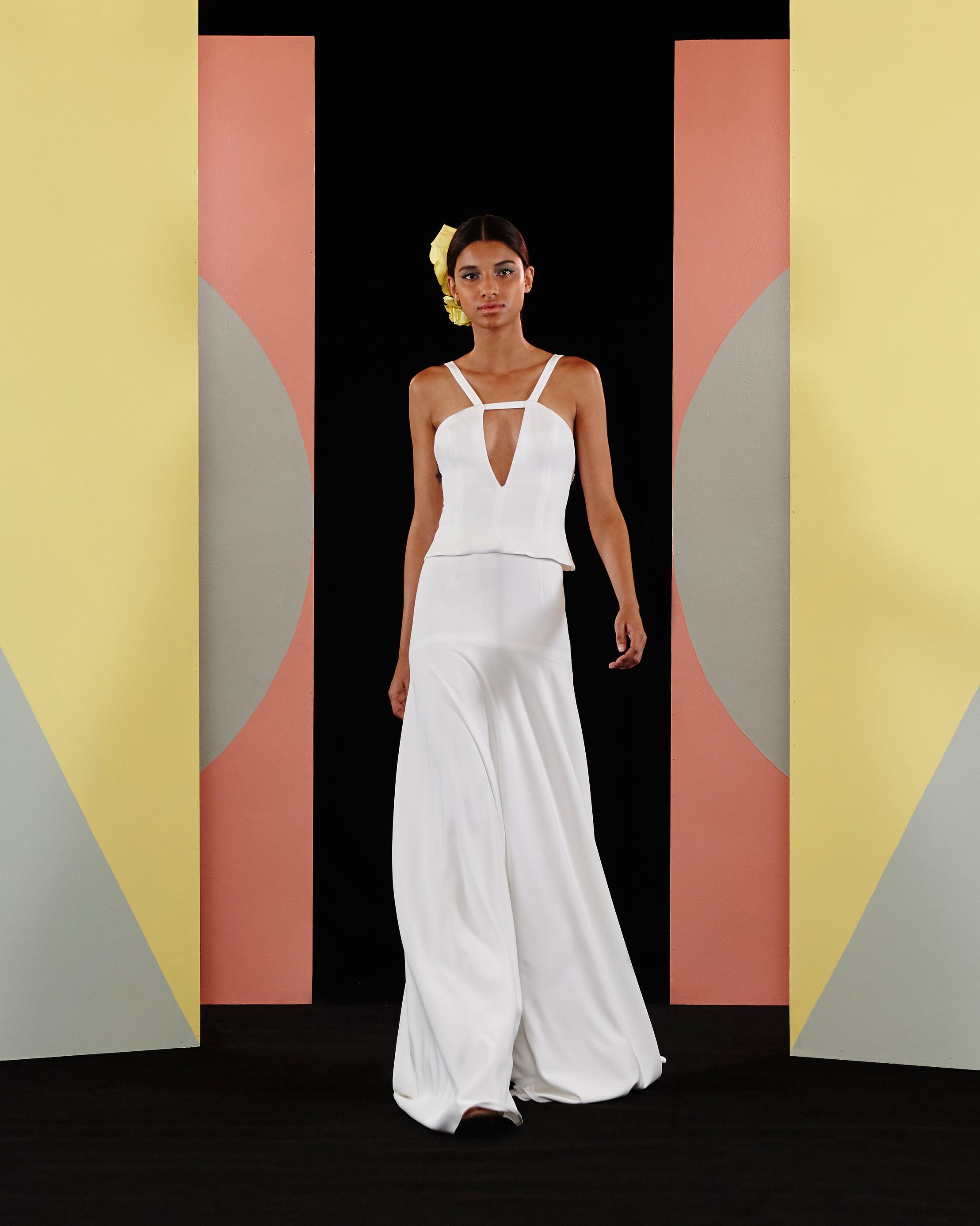 charlie-brear-2017-wedding-dresses-liriene-and-lissette-0616.jpg