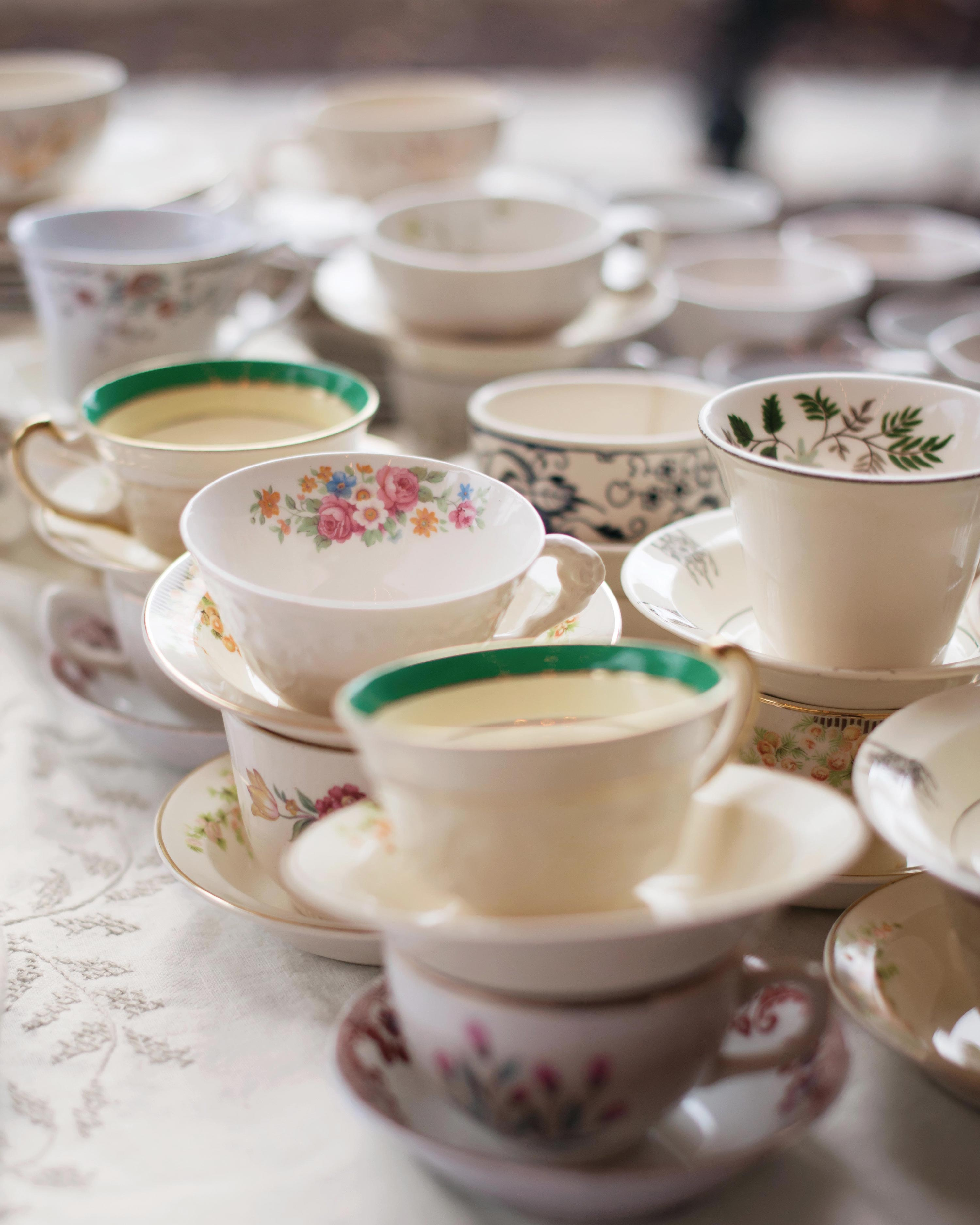 stephanie-mike-wedding-north-carolina-coffee-vintage-teacups-saucers-324-s112980.jpg