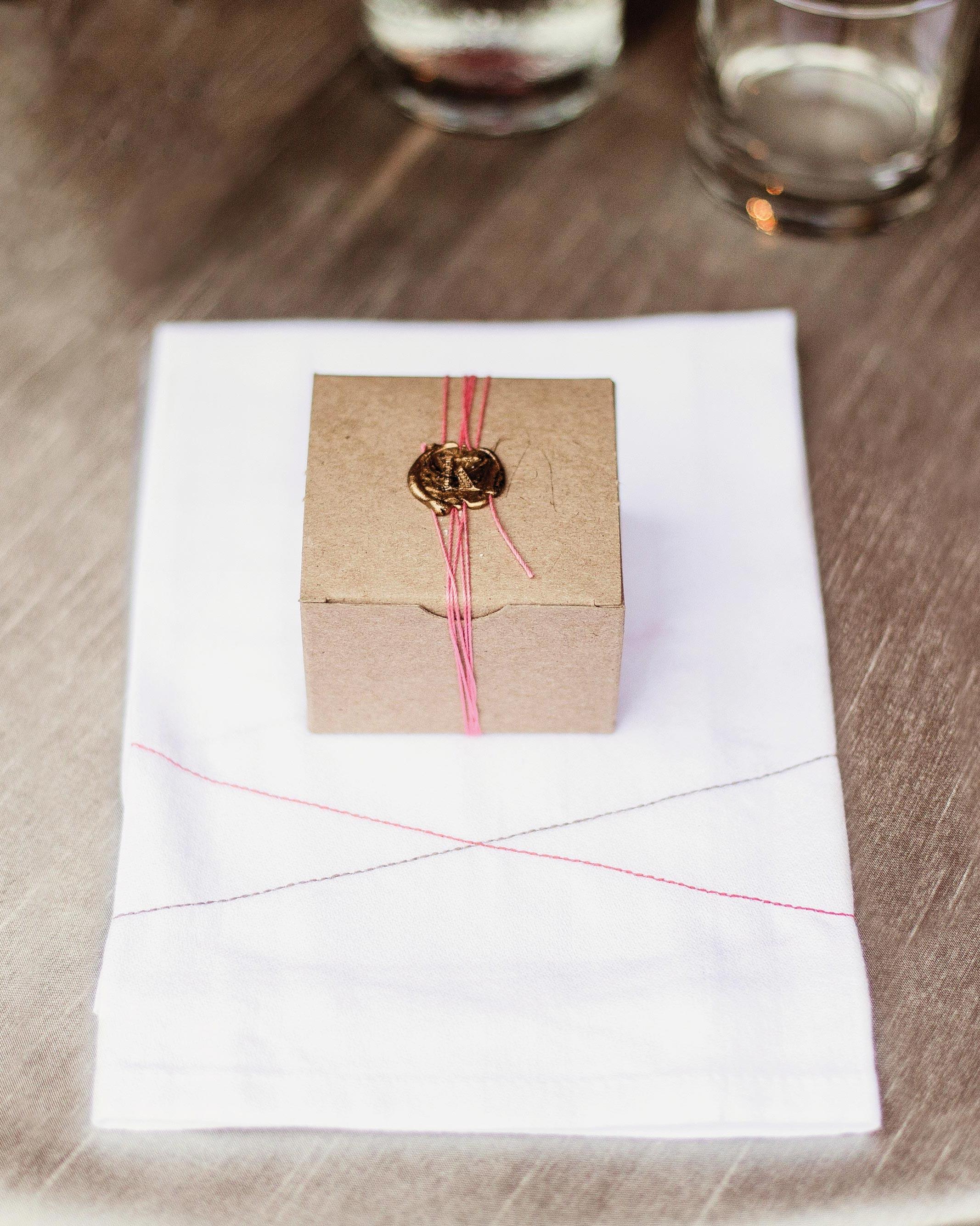 tara-dan-wedding-texas-favors-074-s112848.jpg