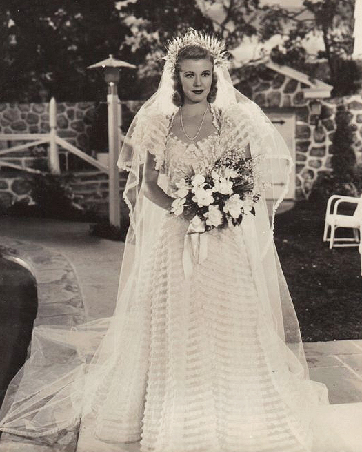 movie-wedding-dresses-carefree-ginger-rogers-0516.jpg