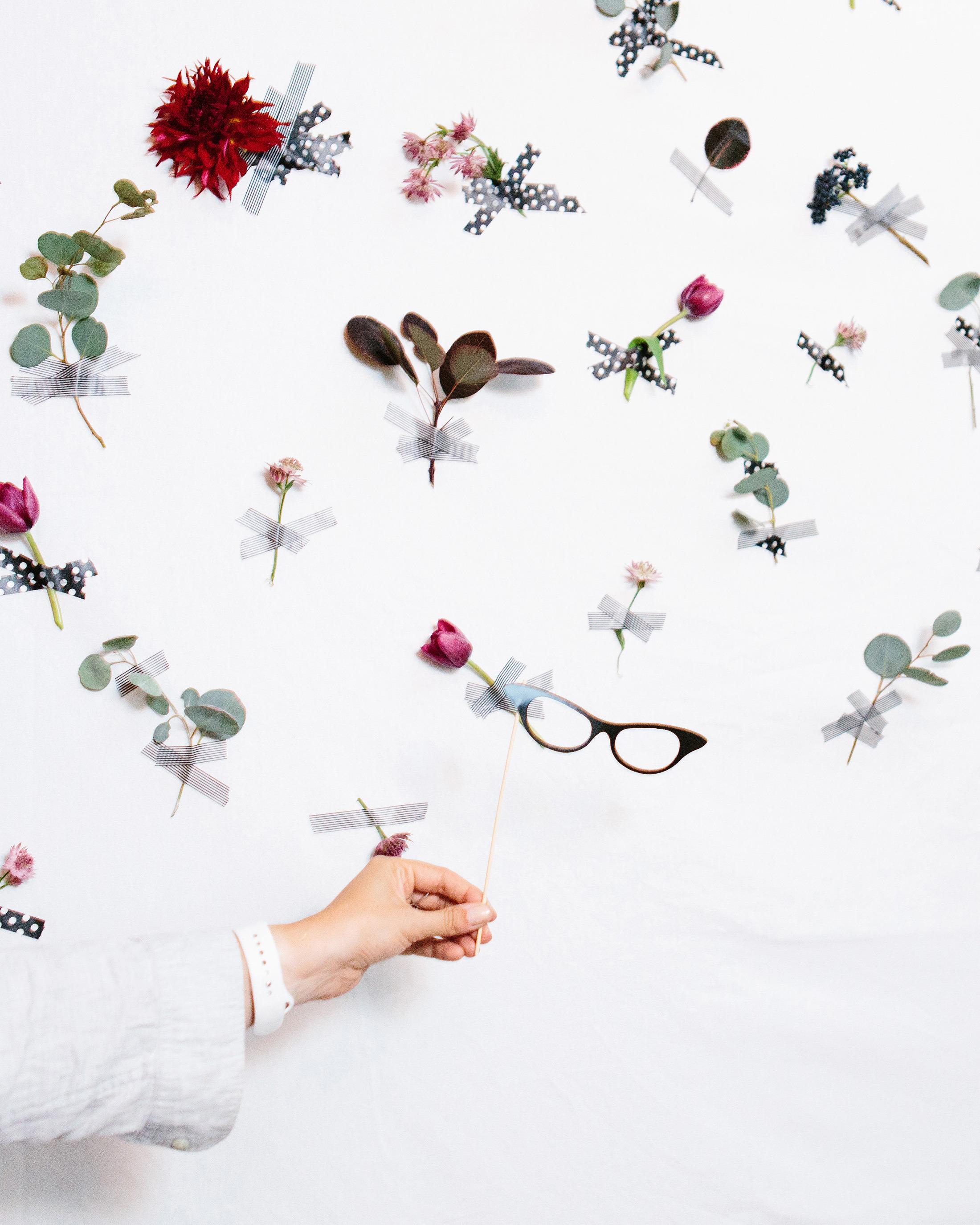 danielle-brian-wedding-flower-wall-1148-s113001-0616.jpg