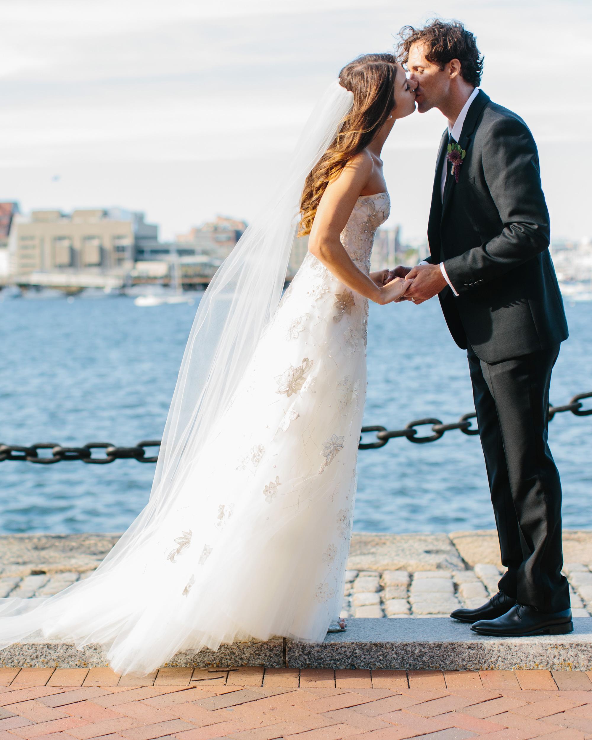 danielle-brian-wedding-couple-kiss-0373-s113001-0616.jpg