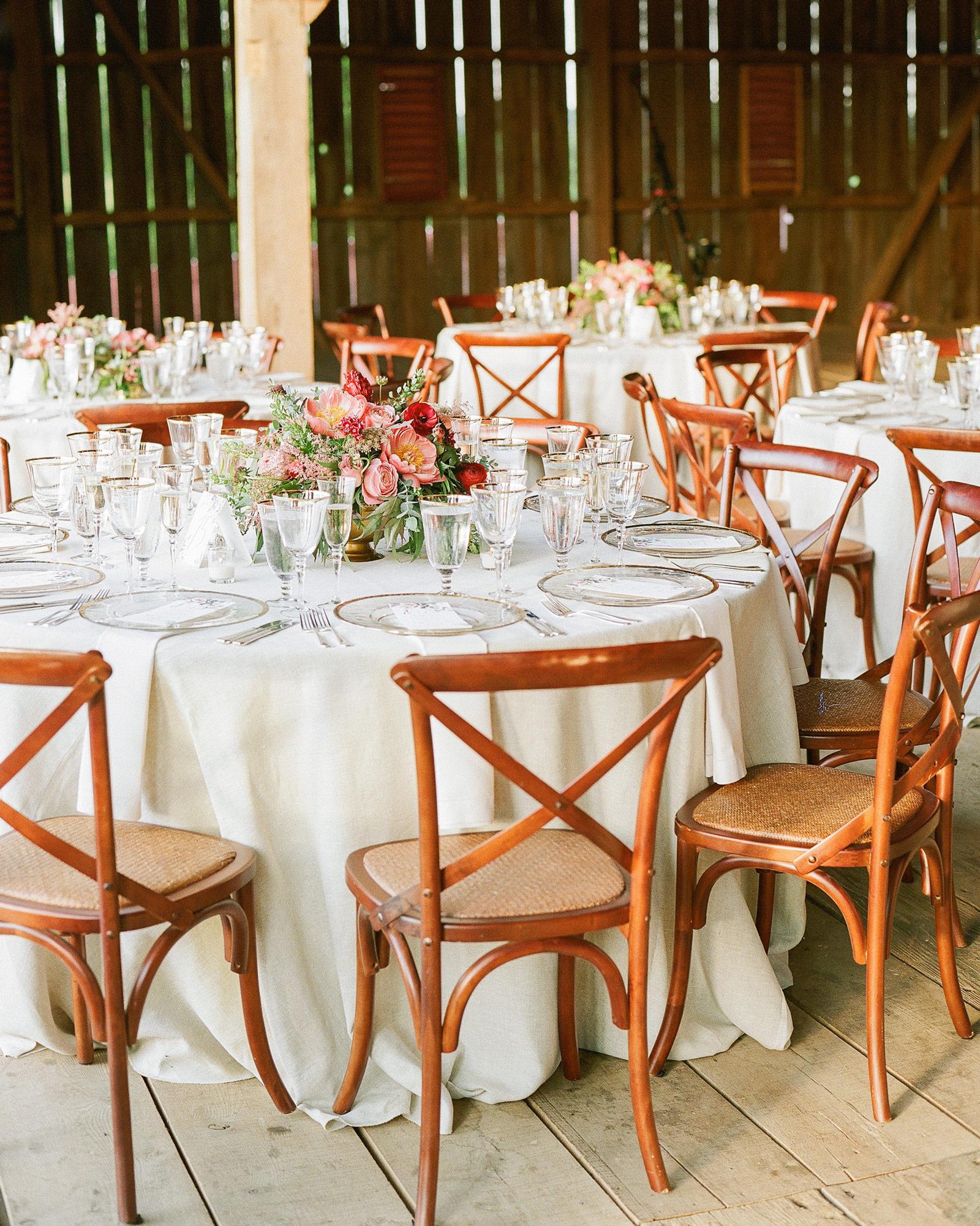 sasha-tyler-wedding-virginia-table-16-s112867.jpg