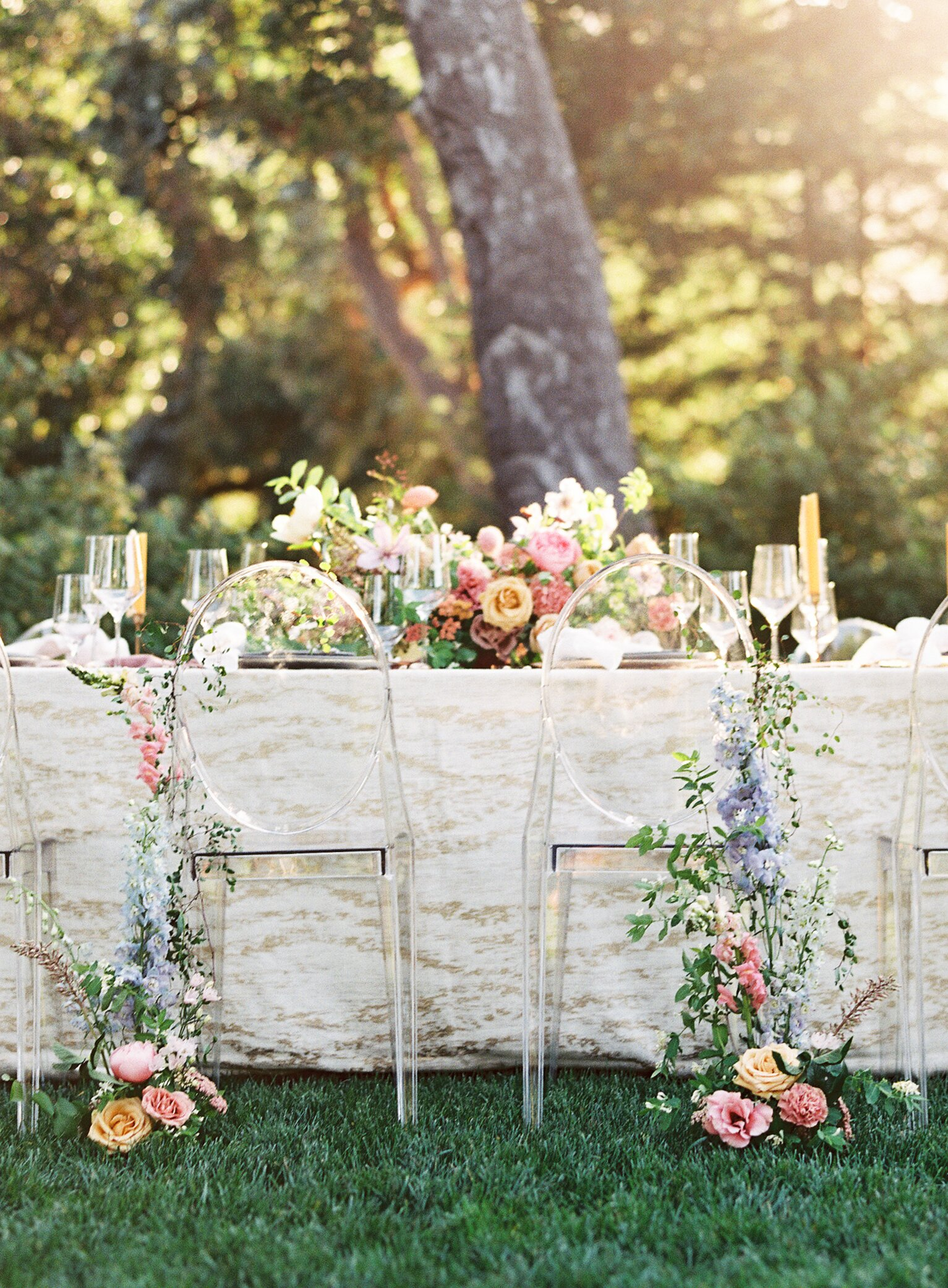 40 Pretty Ways to Decorate Your Wedding Chairs | Martha Stewart ...
