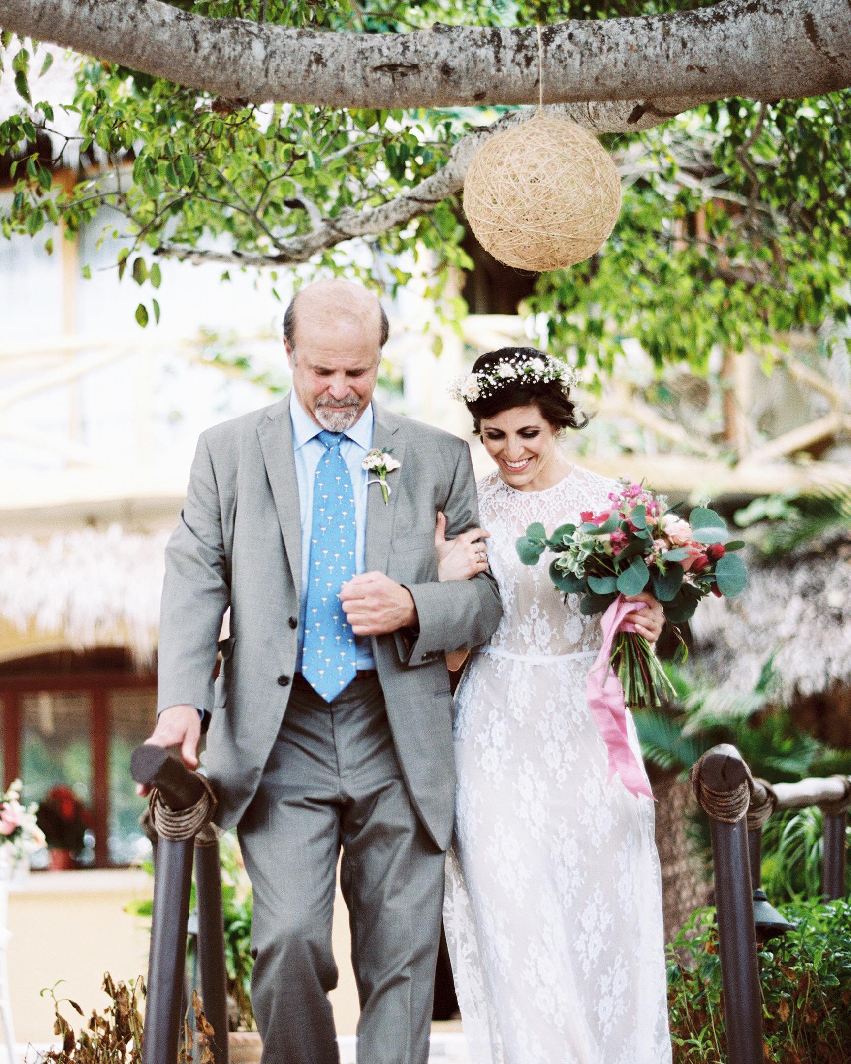 rebecca-eji-wedding-processional-374-s113057-0616.jpg